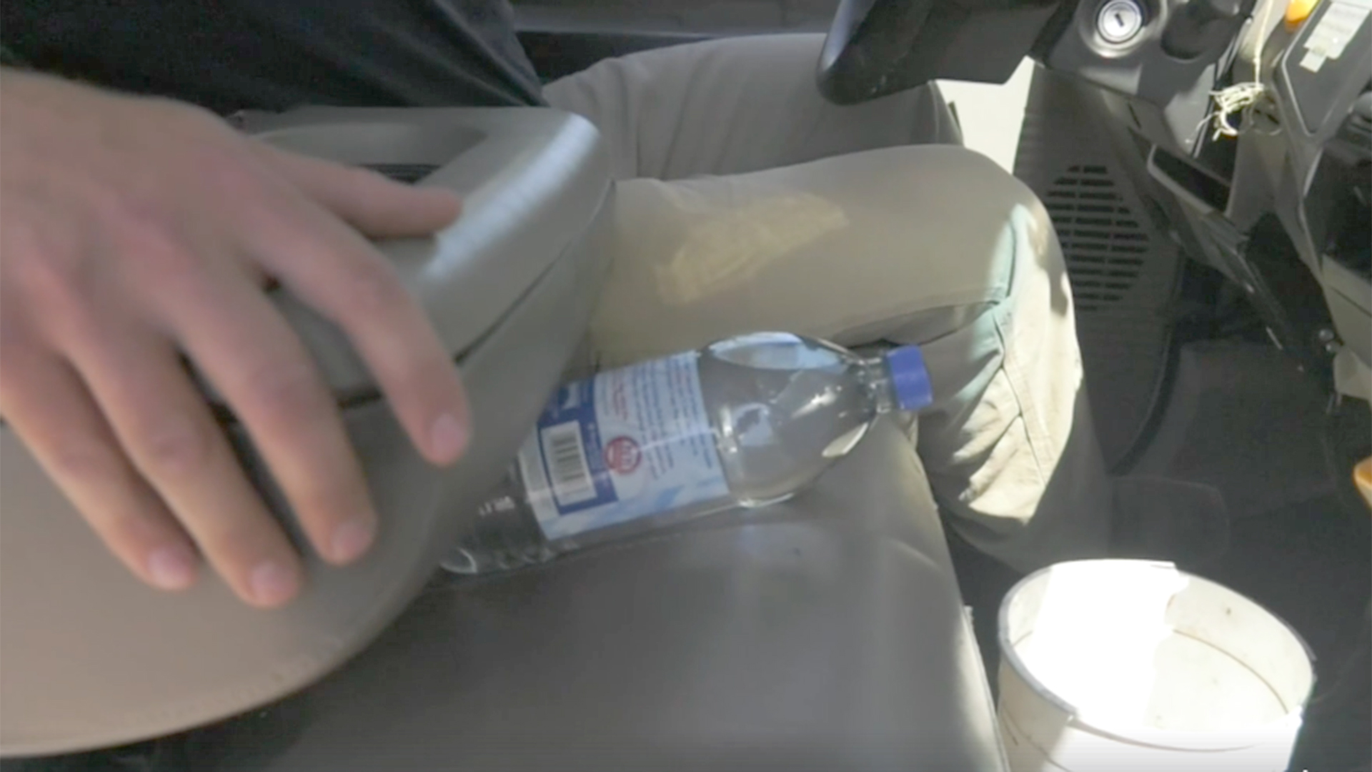 Firefighters Warn Leaving Bottled Water In Your Car Could Start A Fire The Heat An Automobile