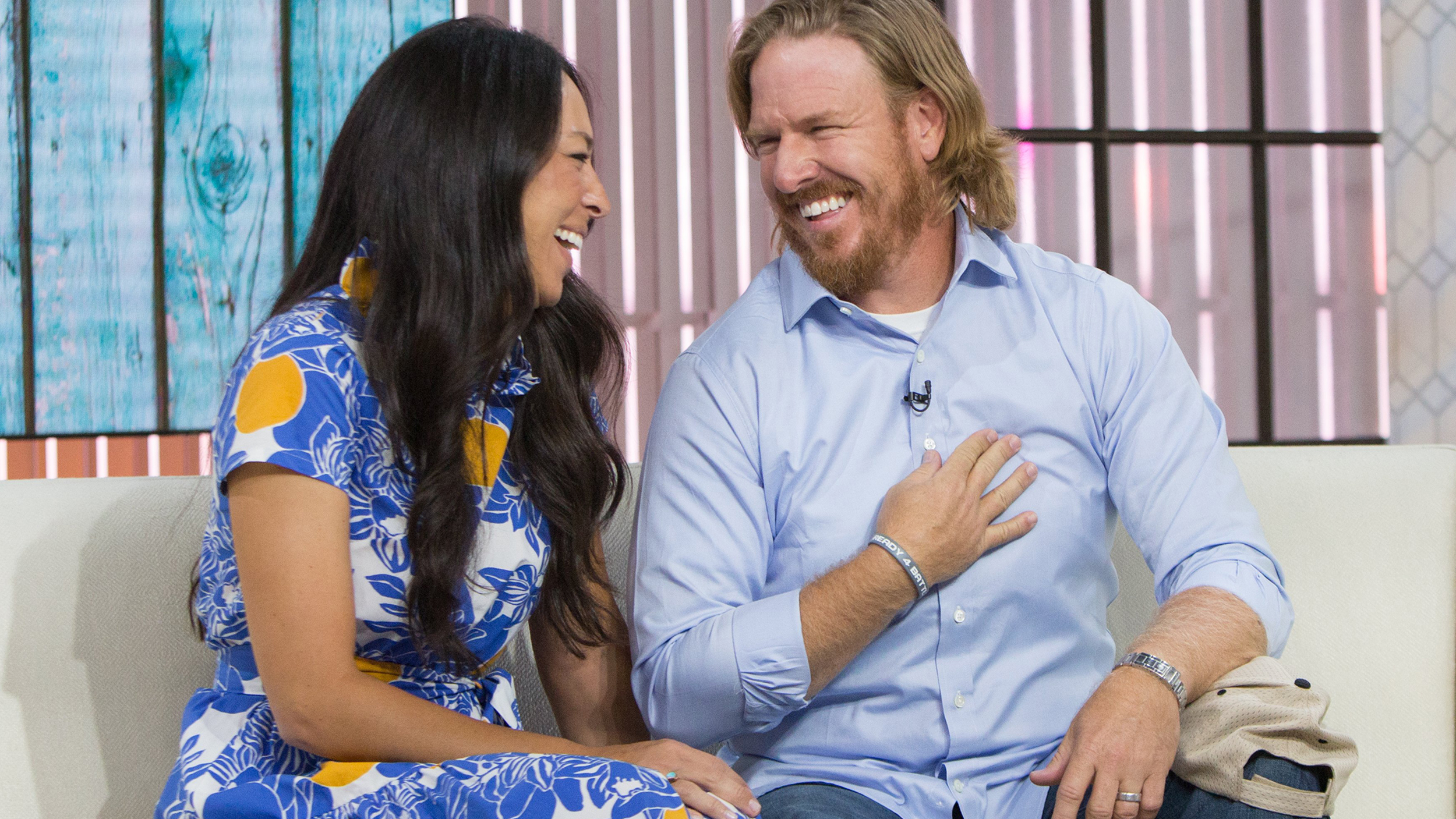 chip gaines hammers home secret to his successful marriage. Black Bedroom Furniture Sets. Home Design Ideas