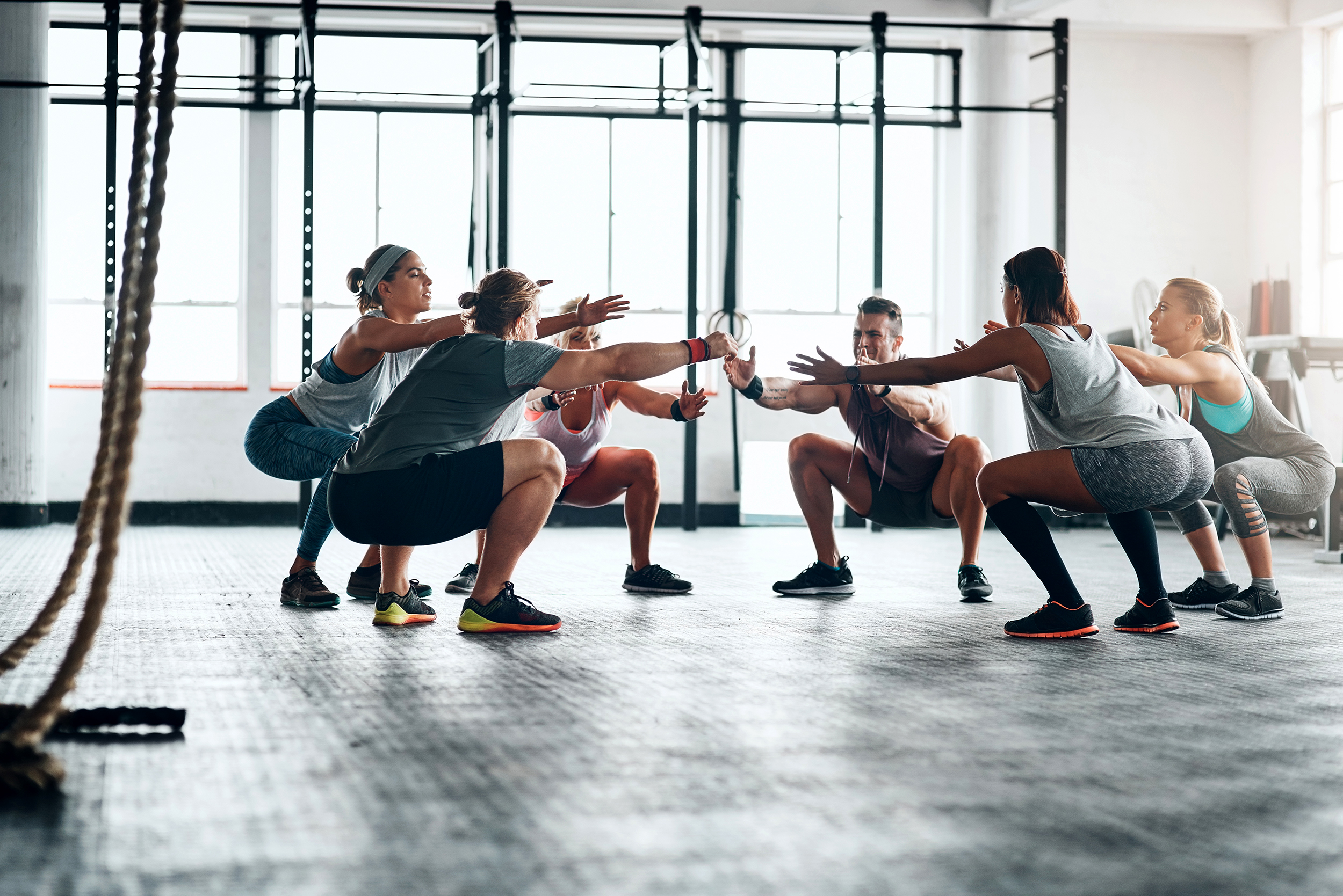 The health benefits of working out with a crowd