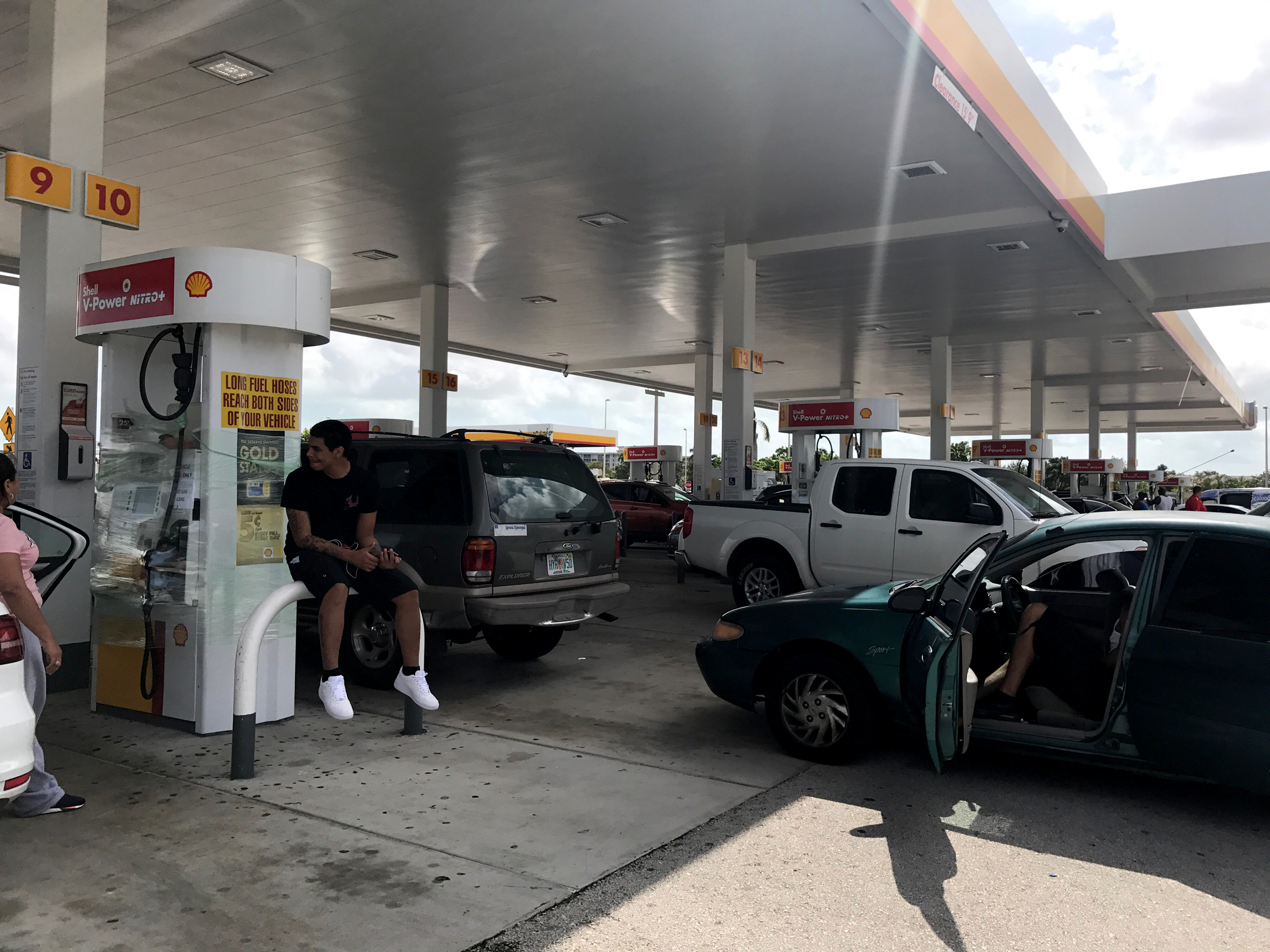 Image: Gas line in South Florida