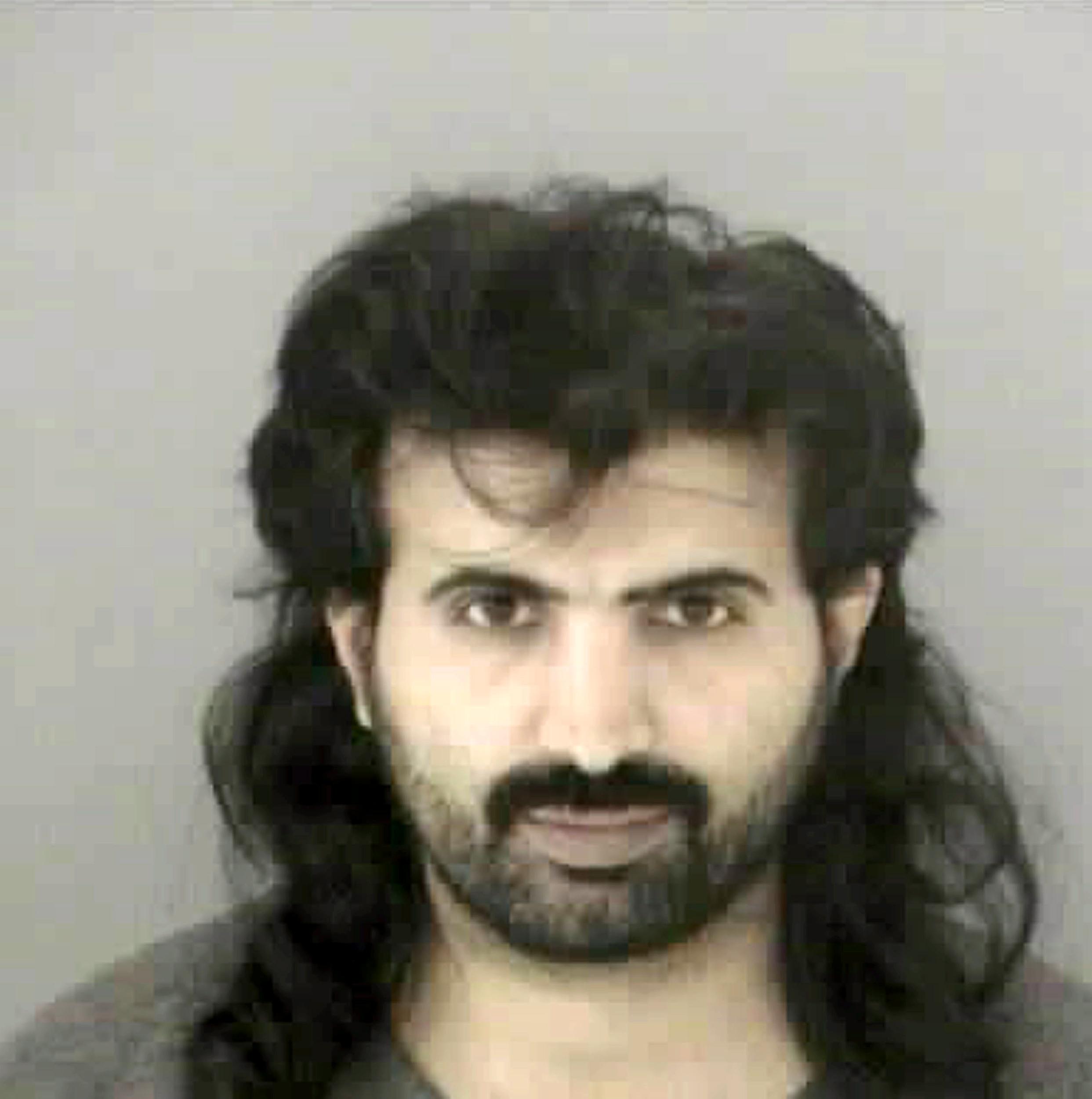 Image: Al Qaida Suspect Transferred To DOD