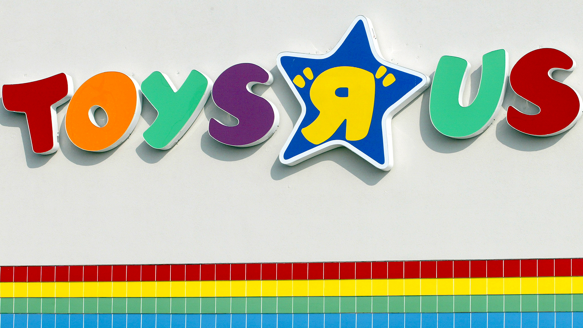 Toys From Toys R Us : What toys r us filing for bankruptcy means holiday