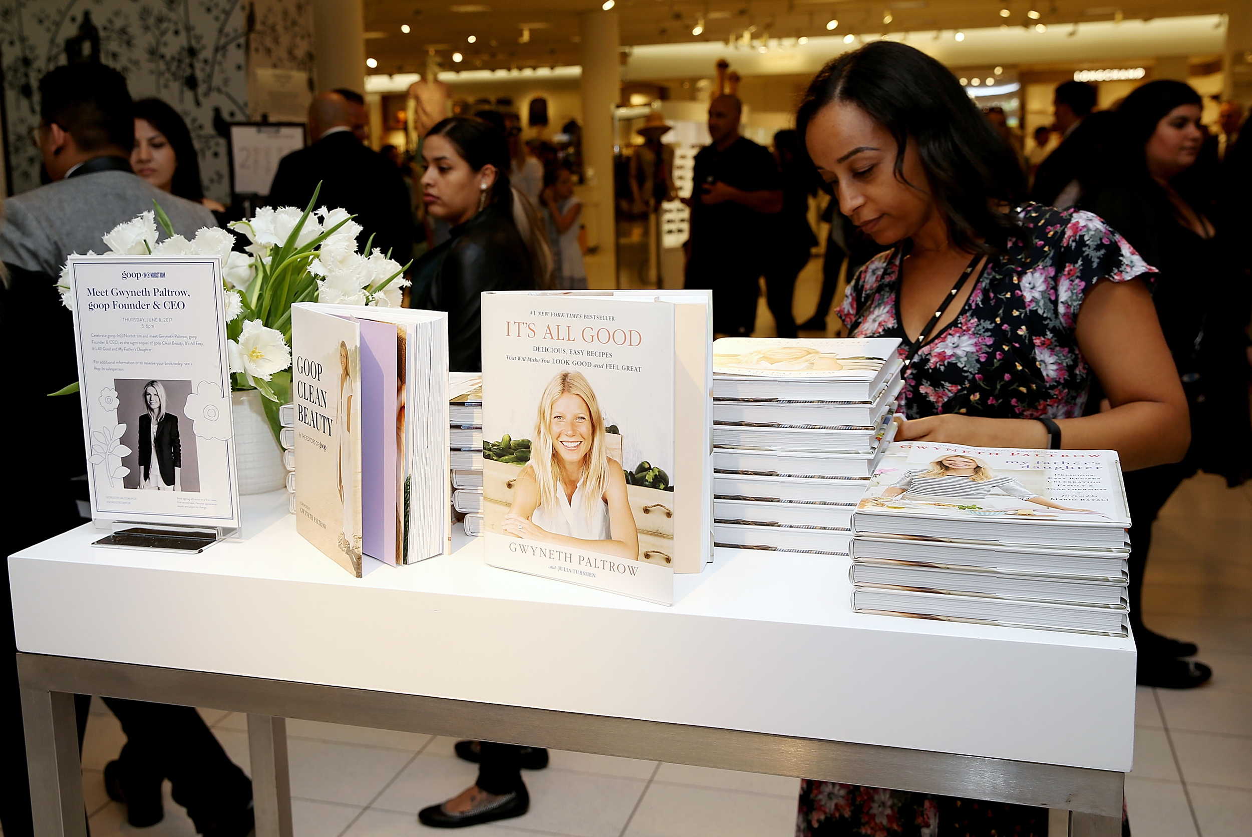 Image: Copies of Gwyneth Paltrow's books at an event in Los Angeles