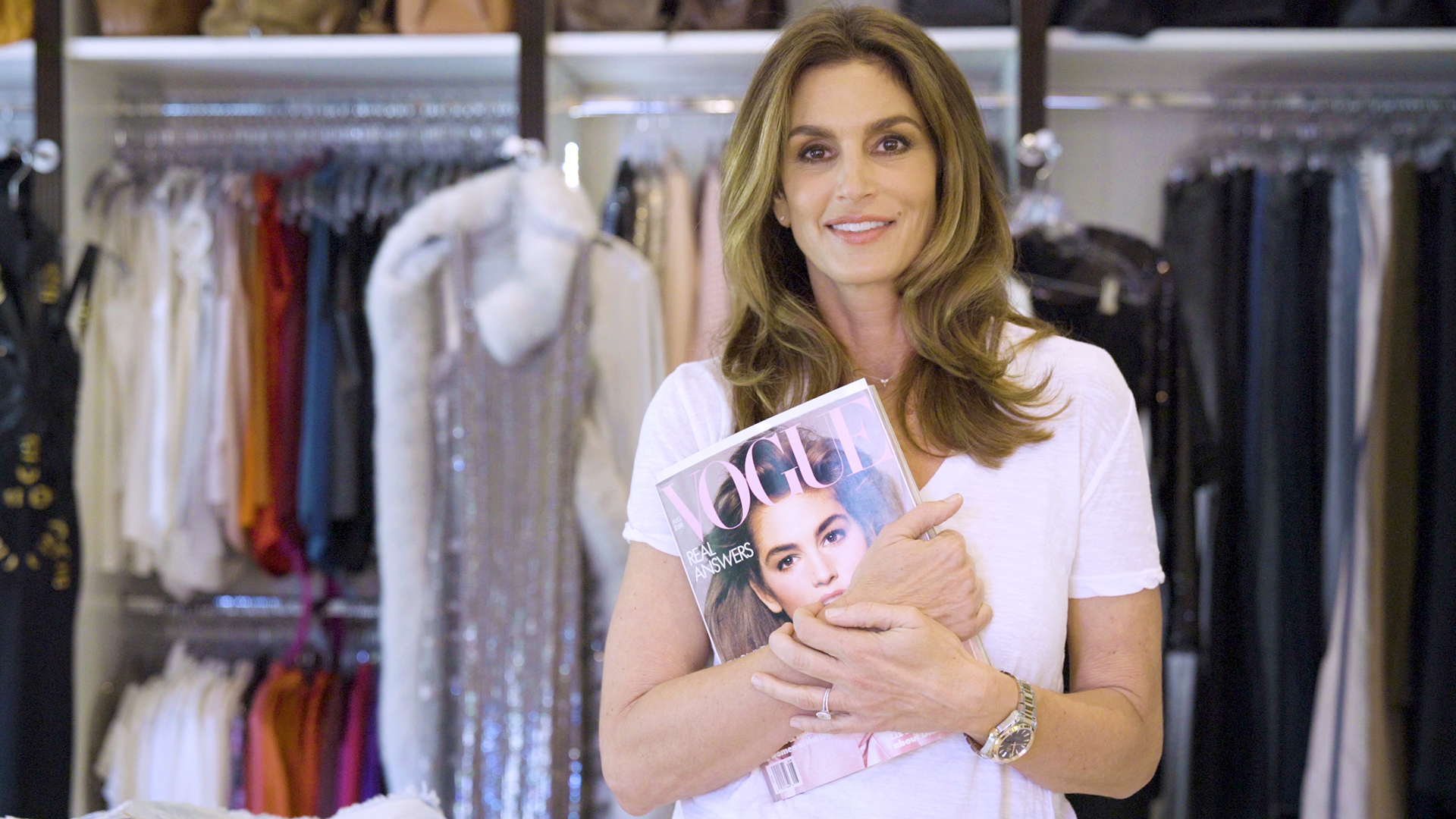 Cindy Crawford gives Vogue a 360-degree tour of her closet