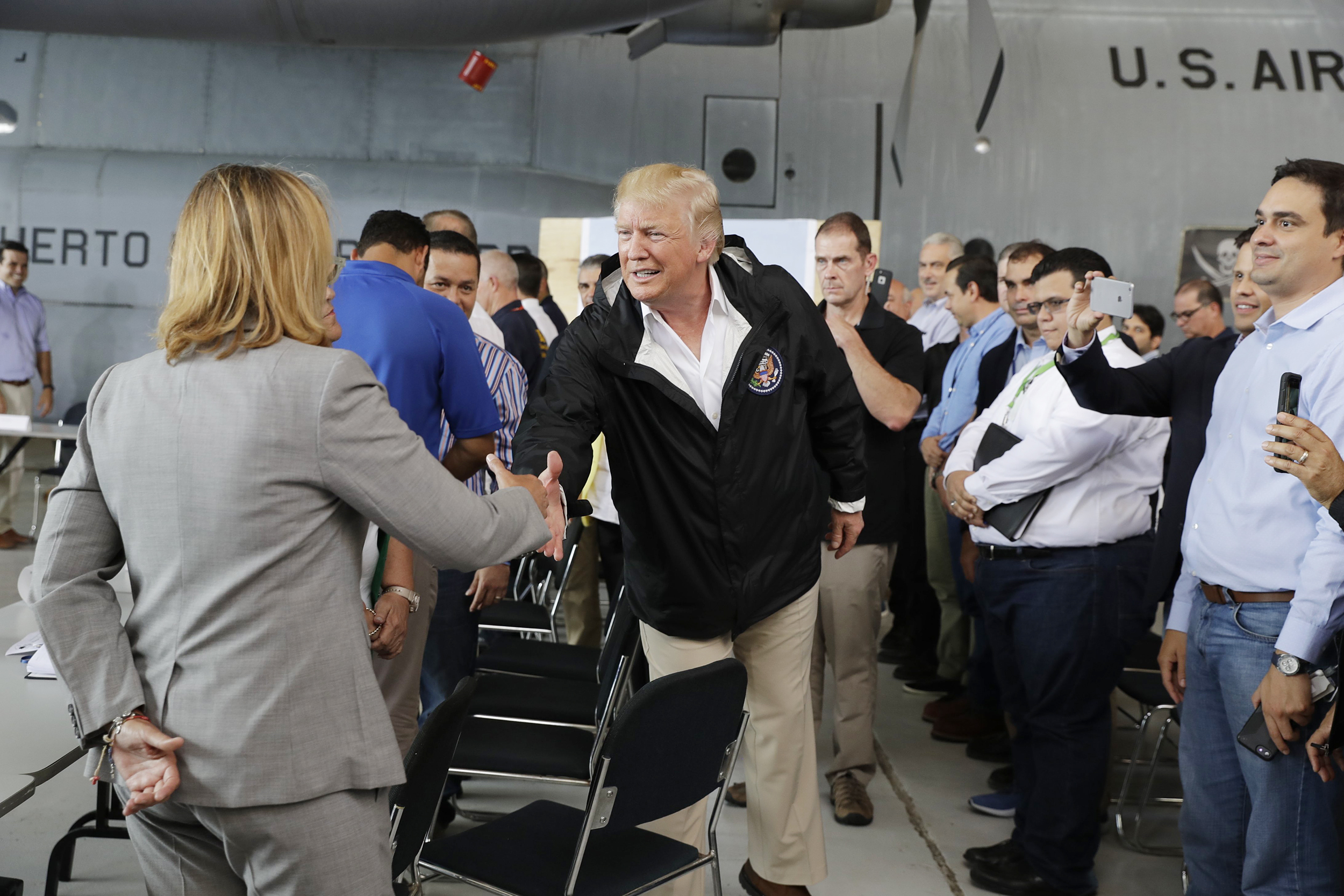 Image: President Donald Trump arrives at Luis Muniz Air National Guard Base