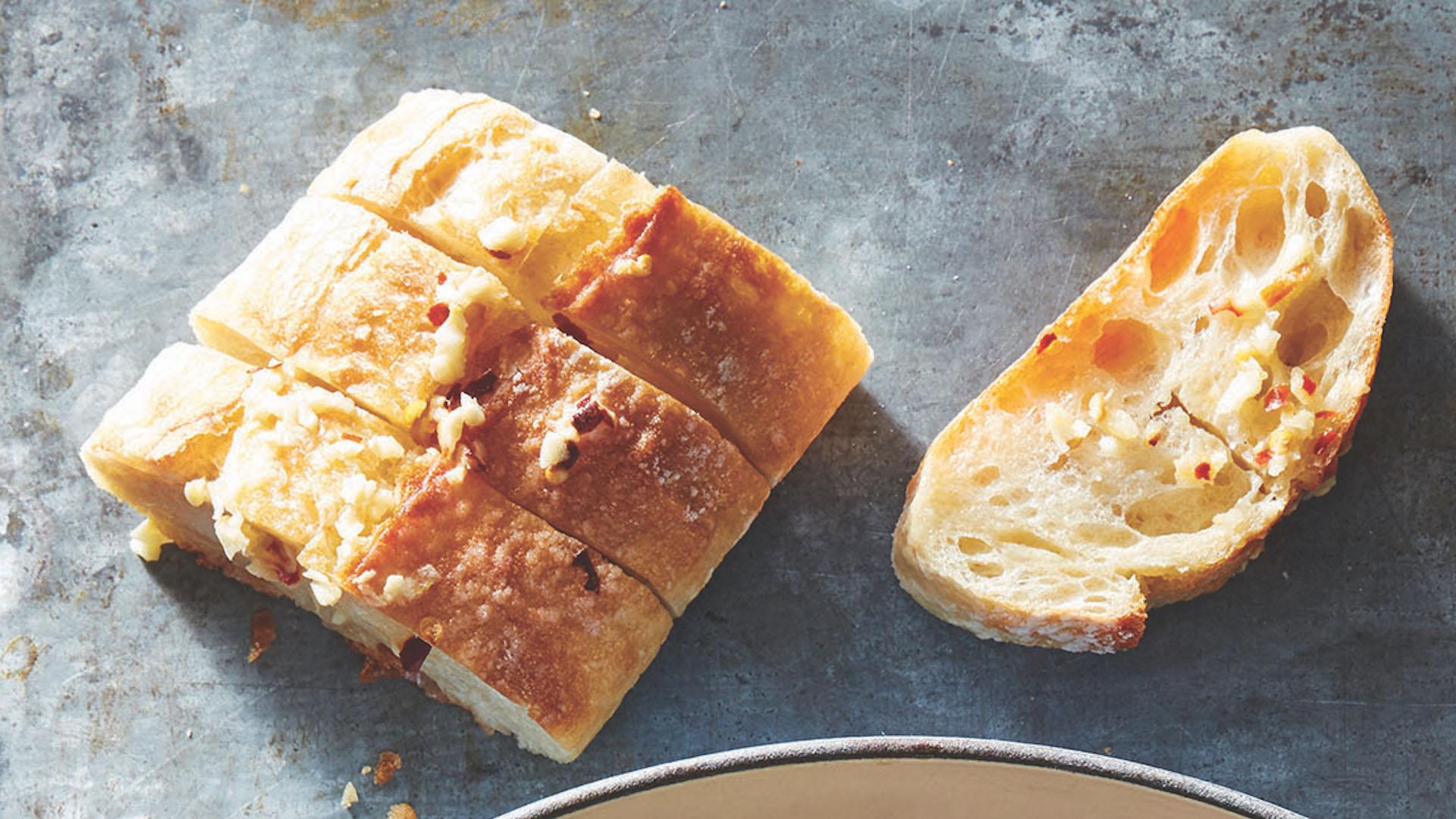 Spicy Garlic Bread - TODAY.com