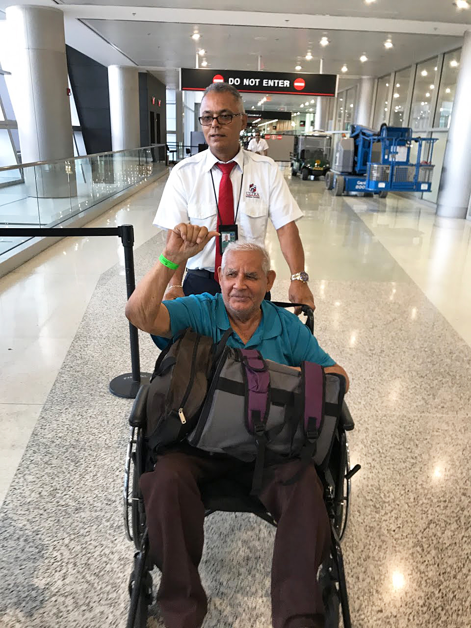 Image: Dialysis patient evacuated from Puerto Rico