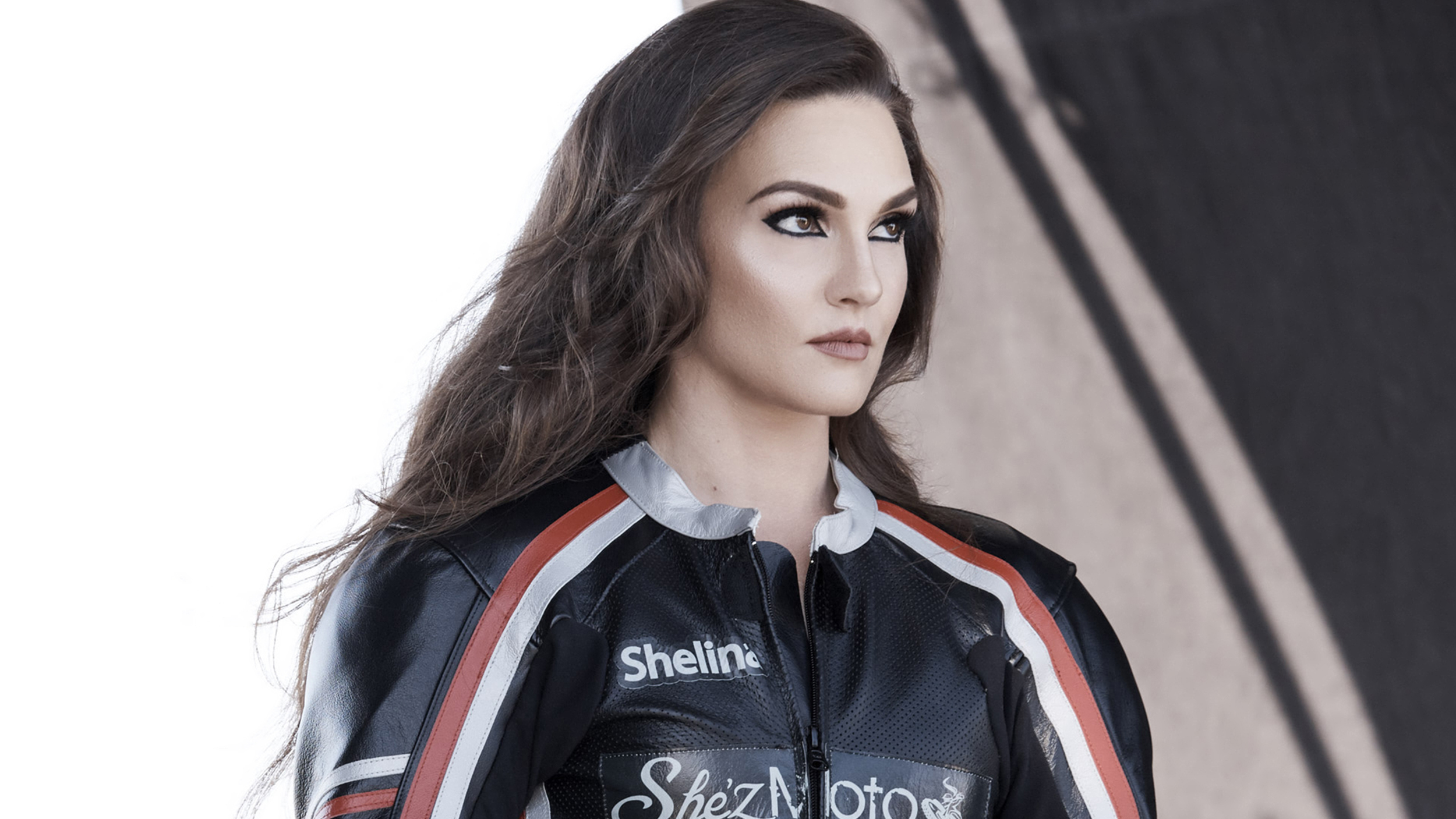 Shelina Moreda Covergirl S Newest Face Is A Motorcycle Racer