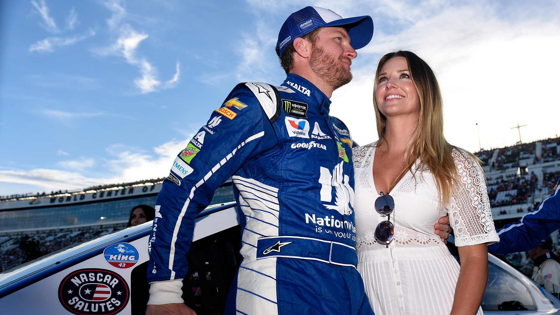 Dale Earnhardt Jr  shares how his wife revealed her pregnancy