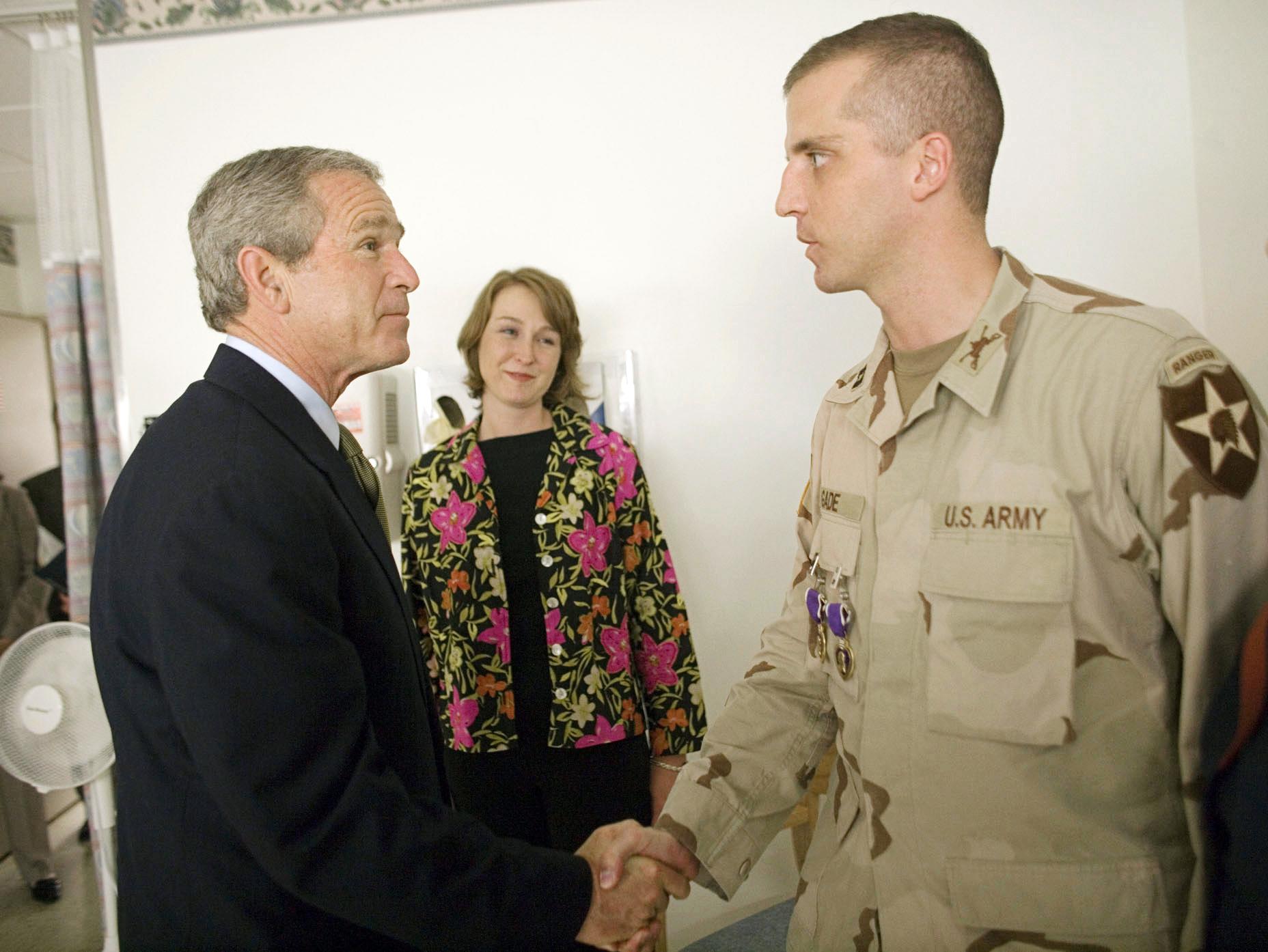 Image: President George W. Bush shakes the Capt. Daniel Gade