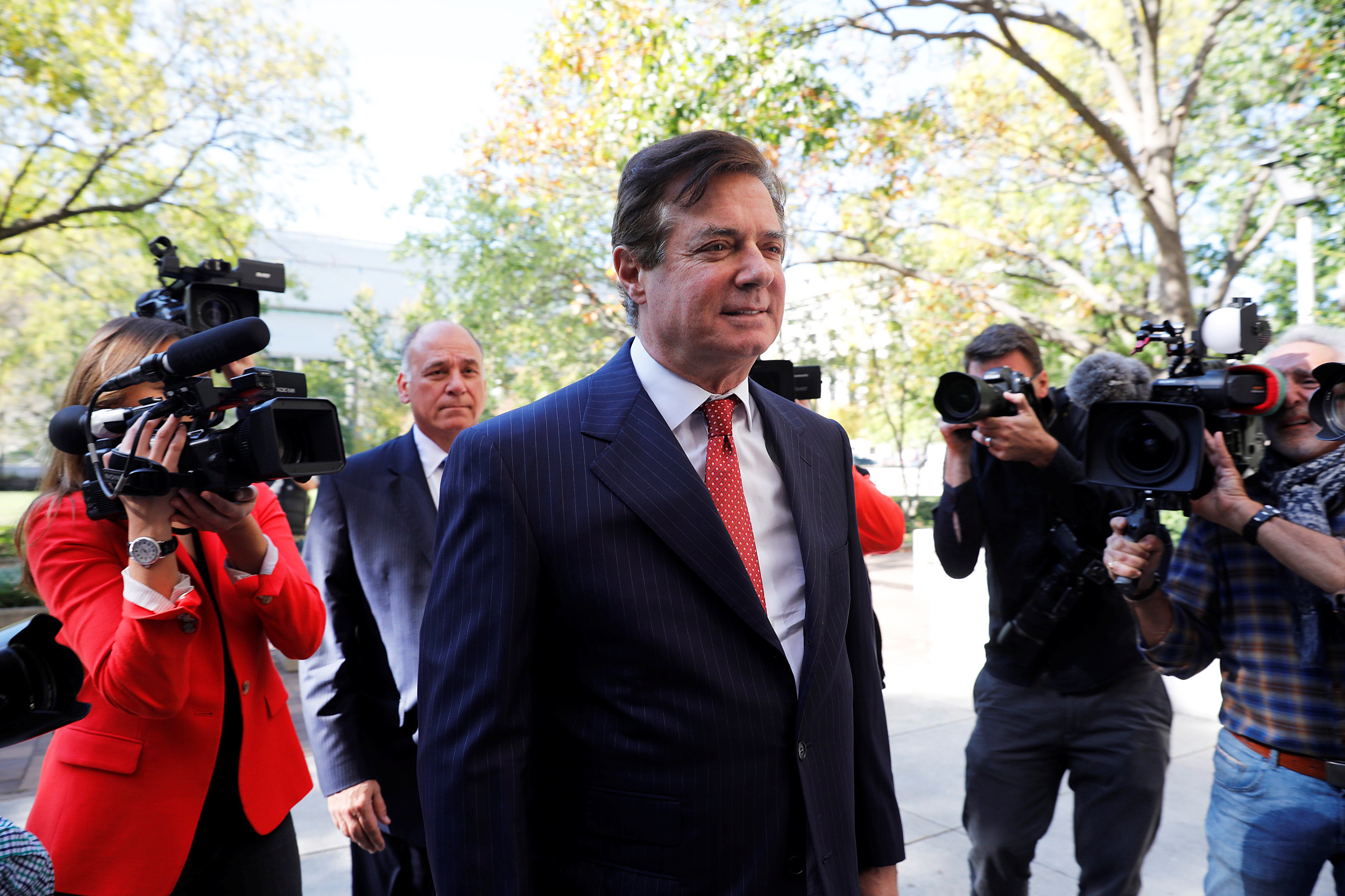 Image: U.S. President Donald Trump's former campaign manager Paul Manafort arrives for a hearing at U.S. District Court in Washington