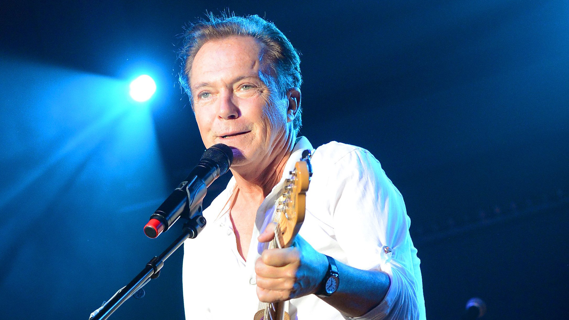 David Cassidy hospitalized for organ failure, surrounded by family ...