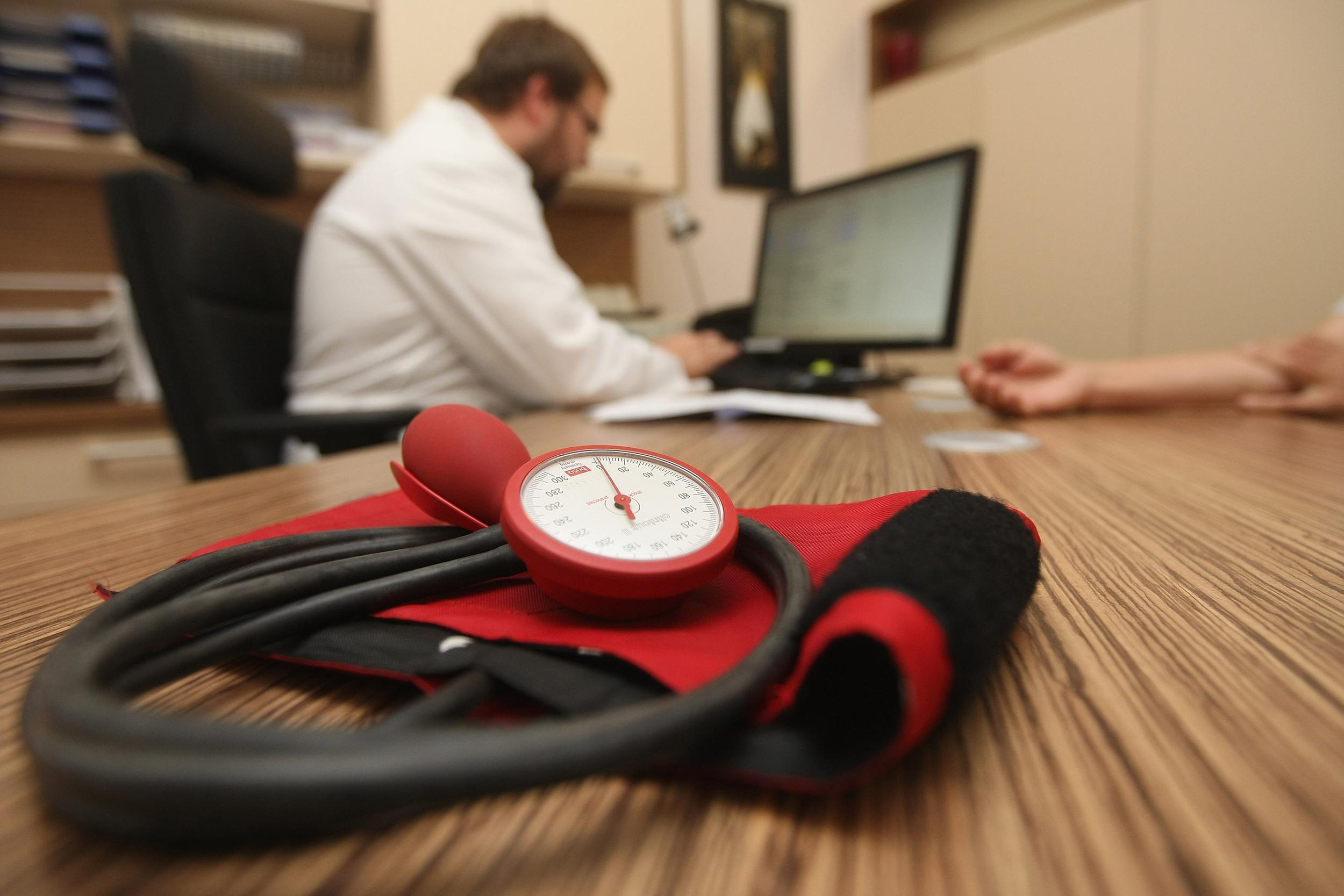 Image: Doctors Seek Higher Fees From Health Insurers
