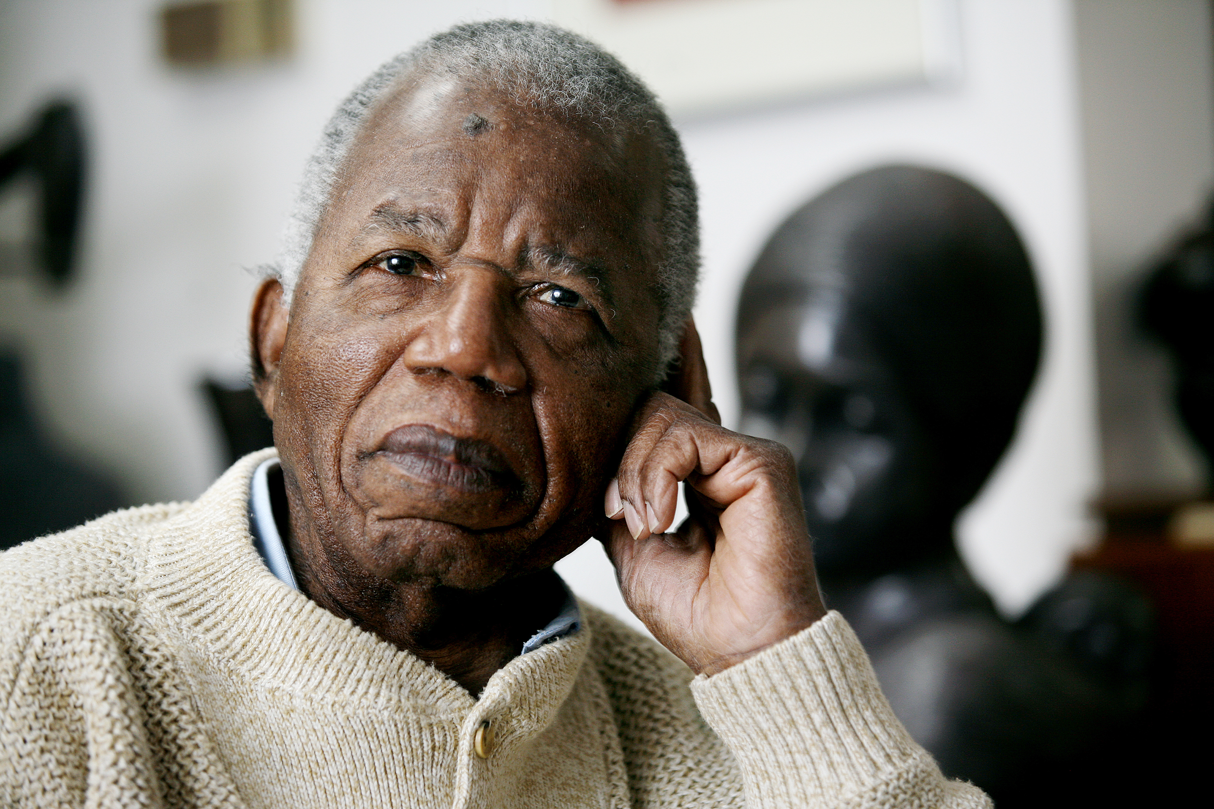 Image: Chinua Achebe
