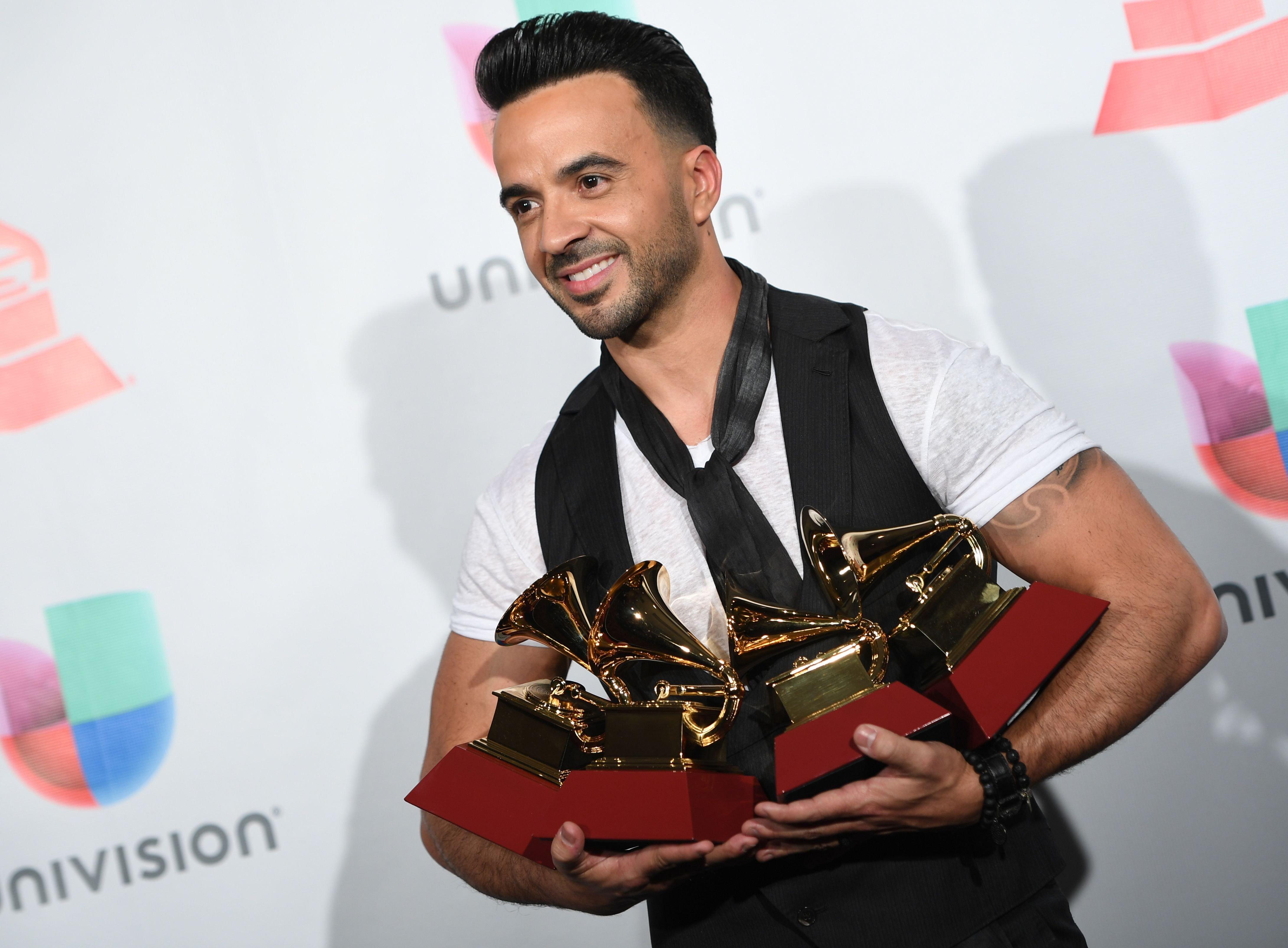 Grammys: It's A 'Despacito' Night At The Latin Grammys