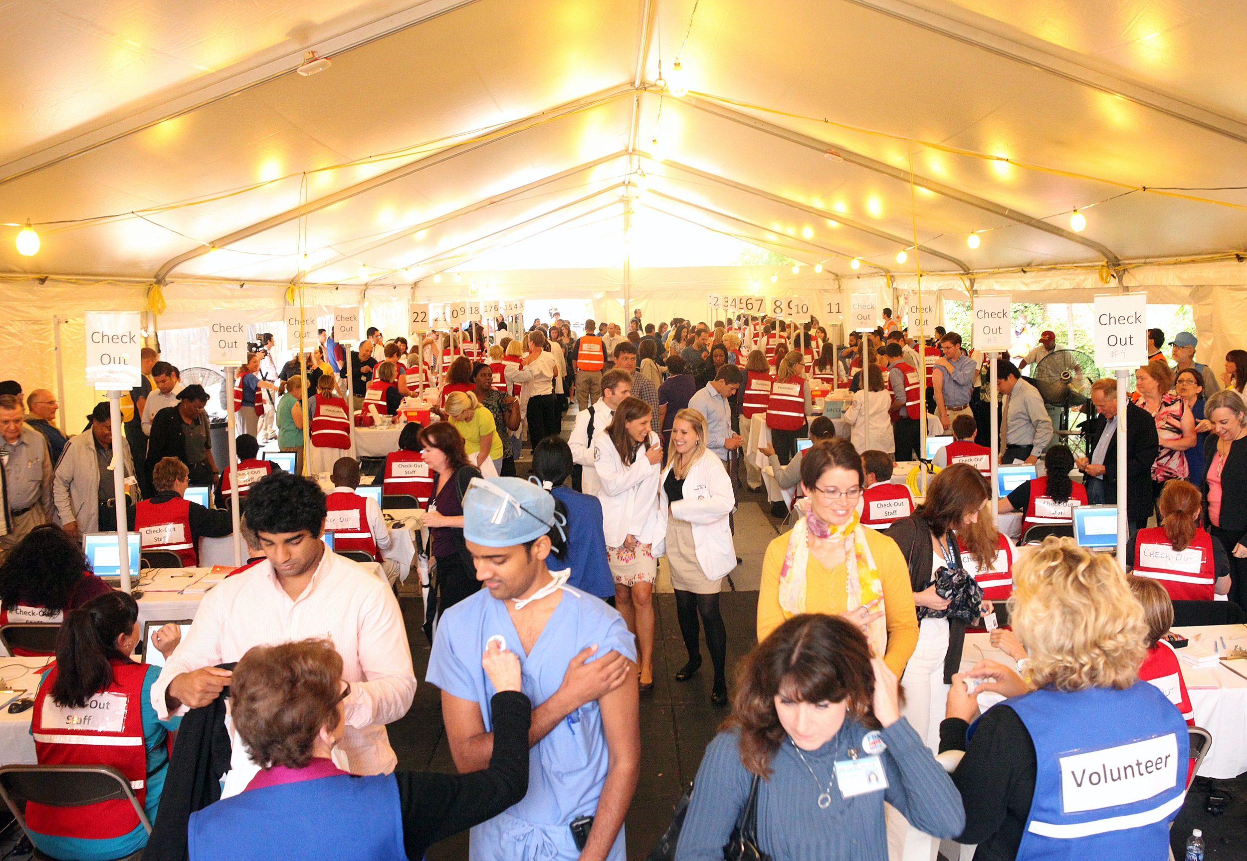 Image:  Flulapalooza tent, an attempt at Guinness Book of World Records.