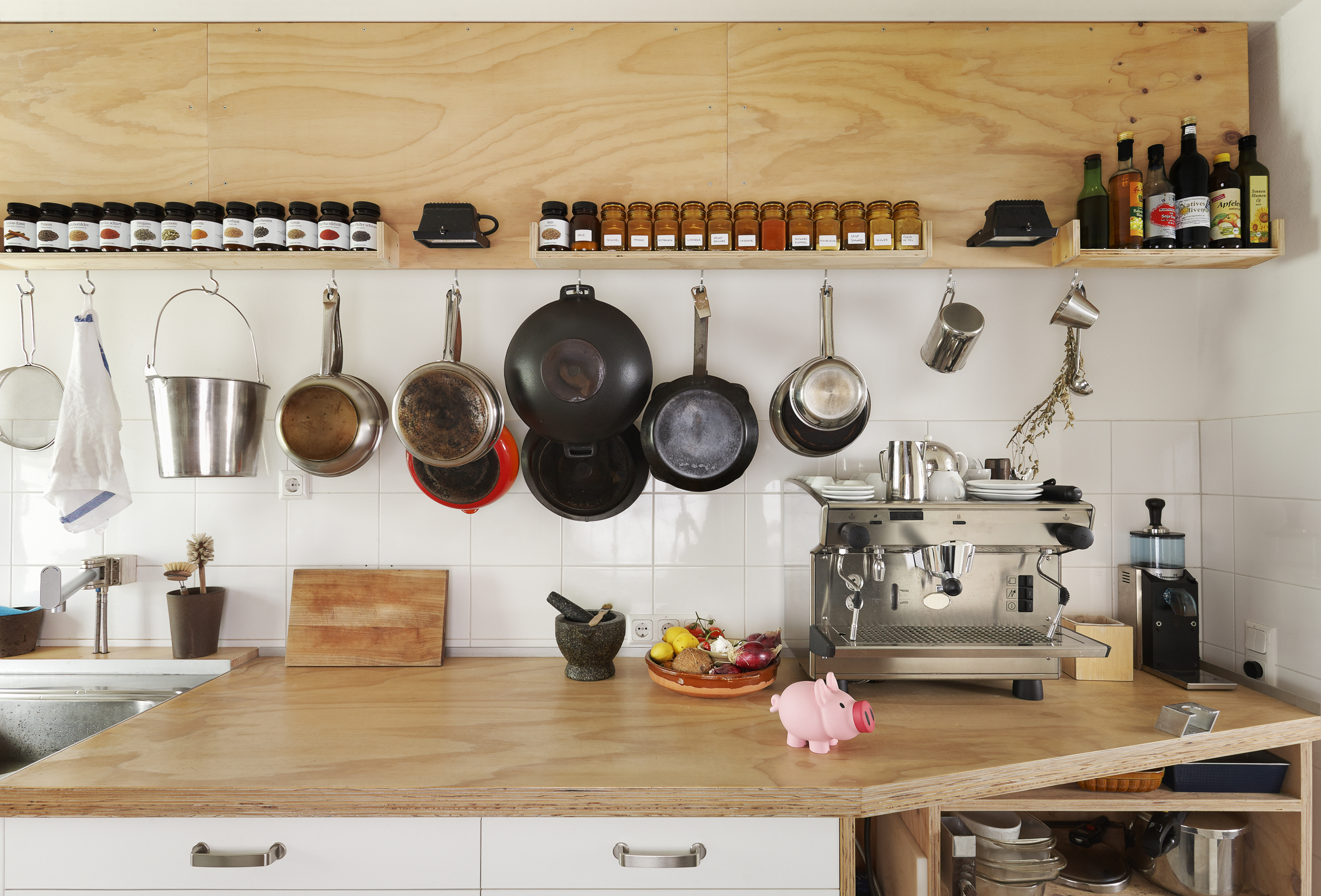 Hereu0027s How Often You Need To Replace Everything In Your Kitchen (including  That Sponge)