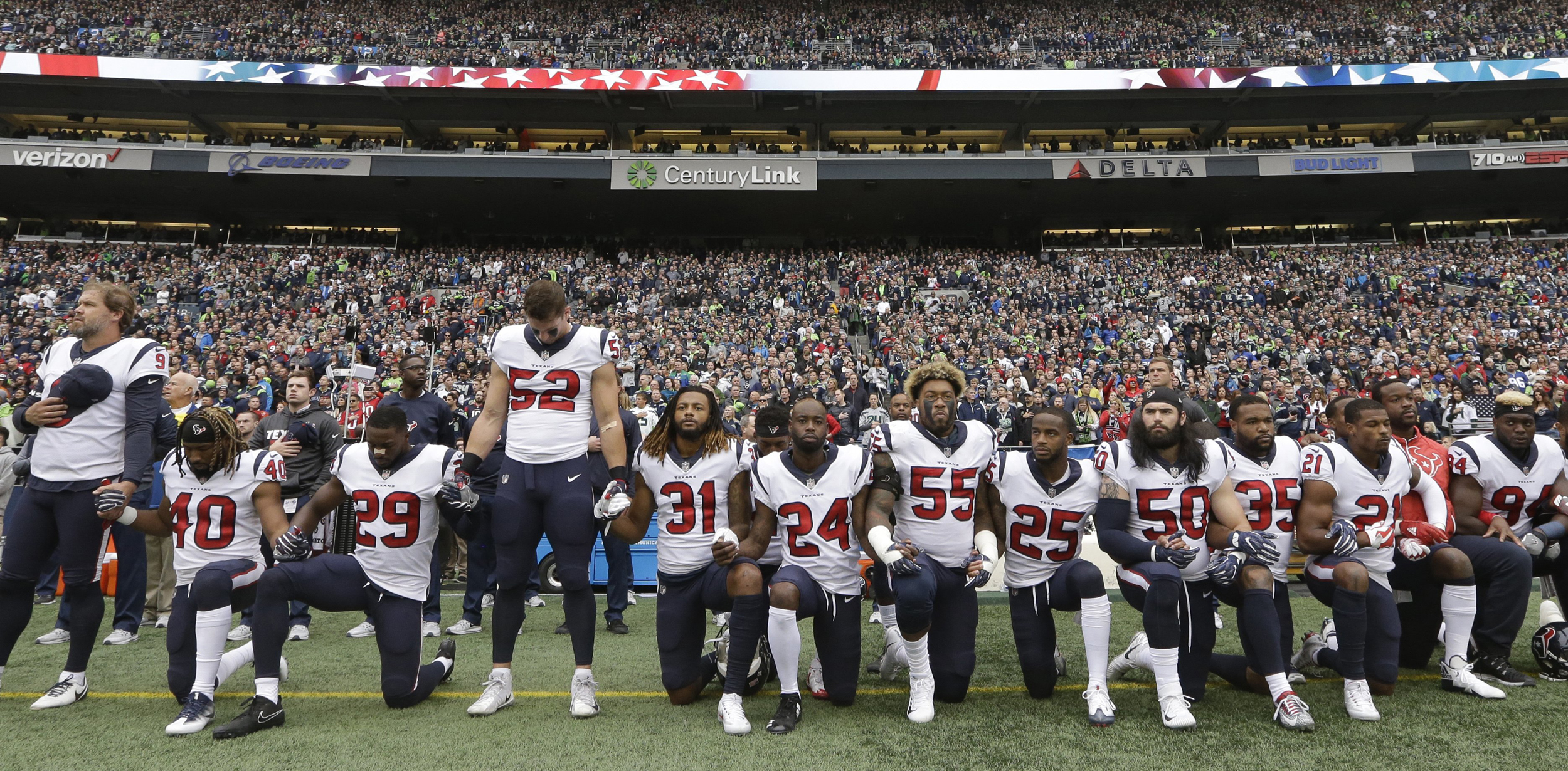Image: NFL Players Kneel