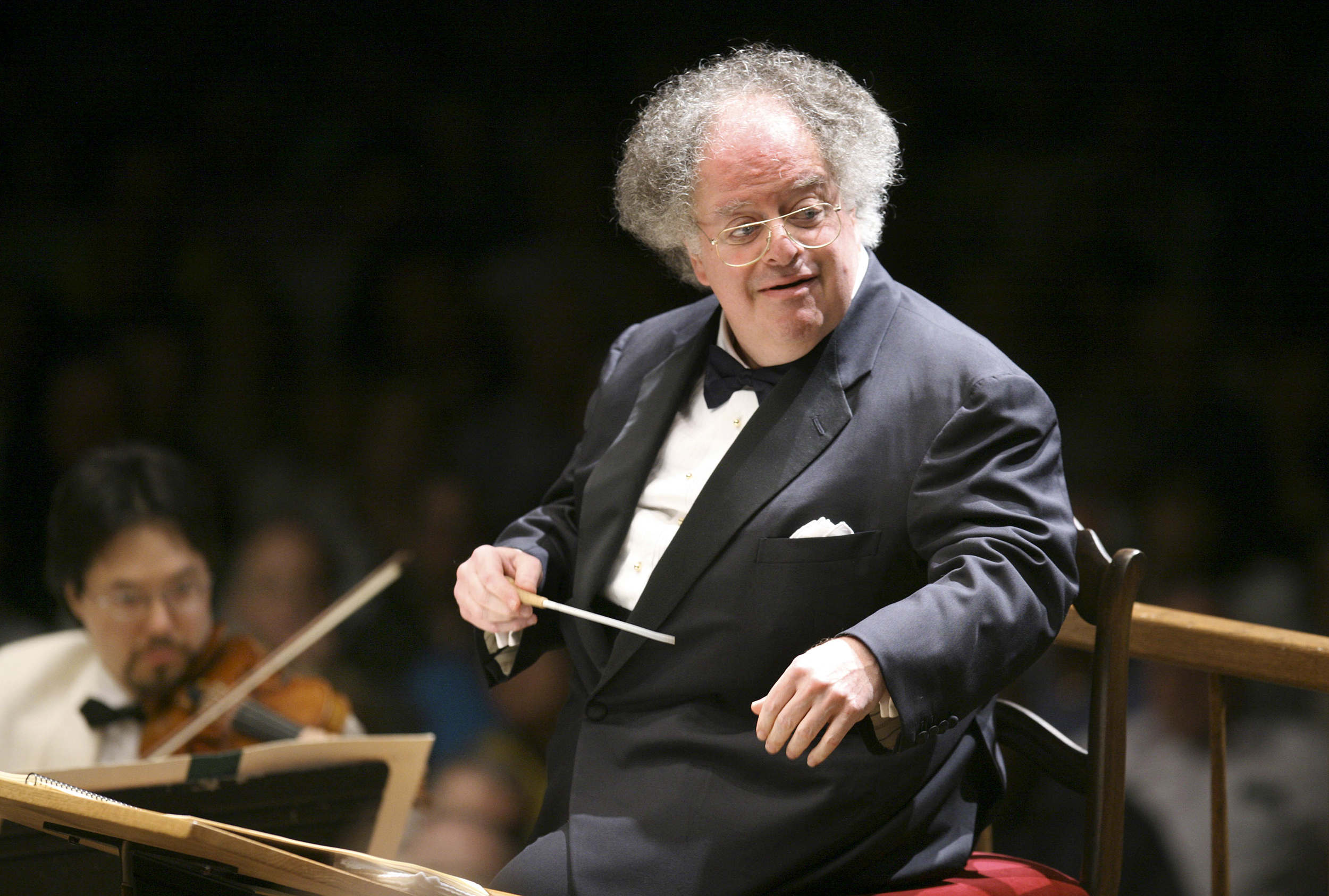 No charges against conductor James Levine in Illinois