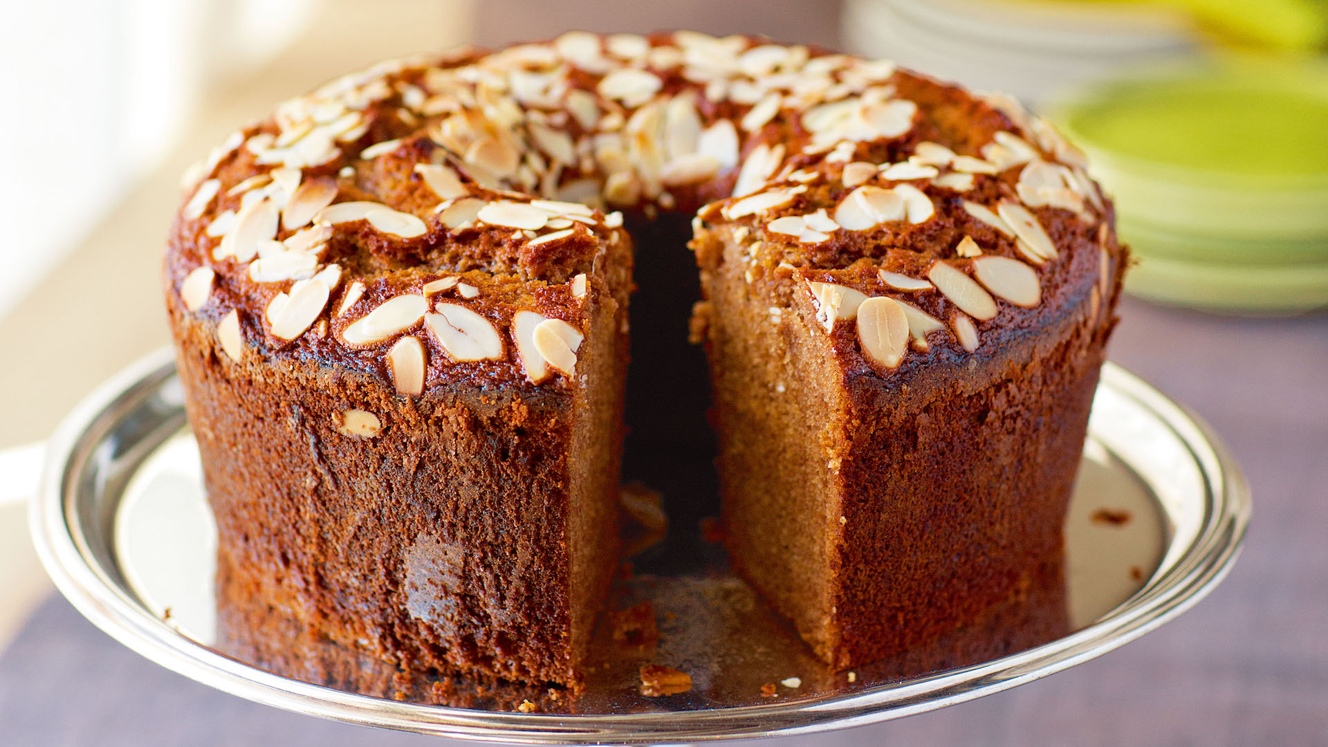 Moist Jewish Honey Cake Recipe