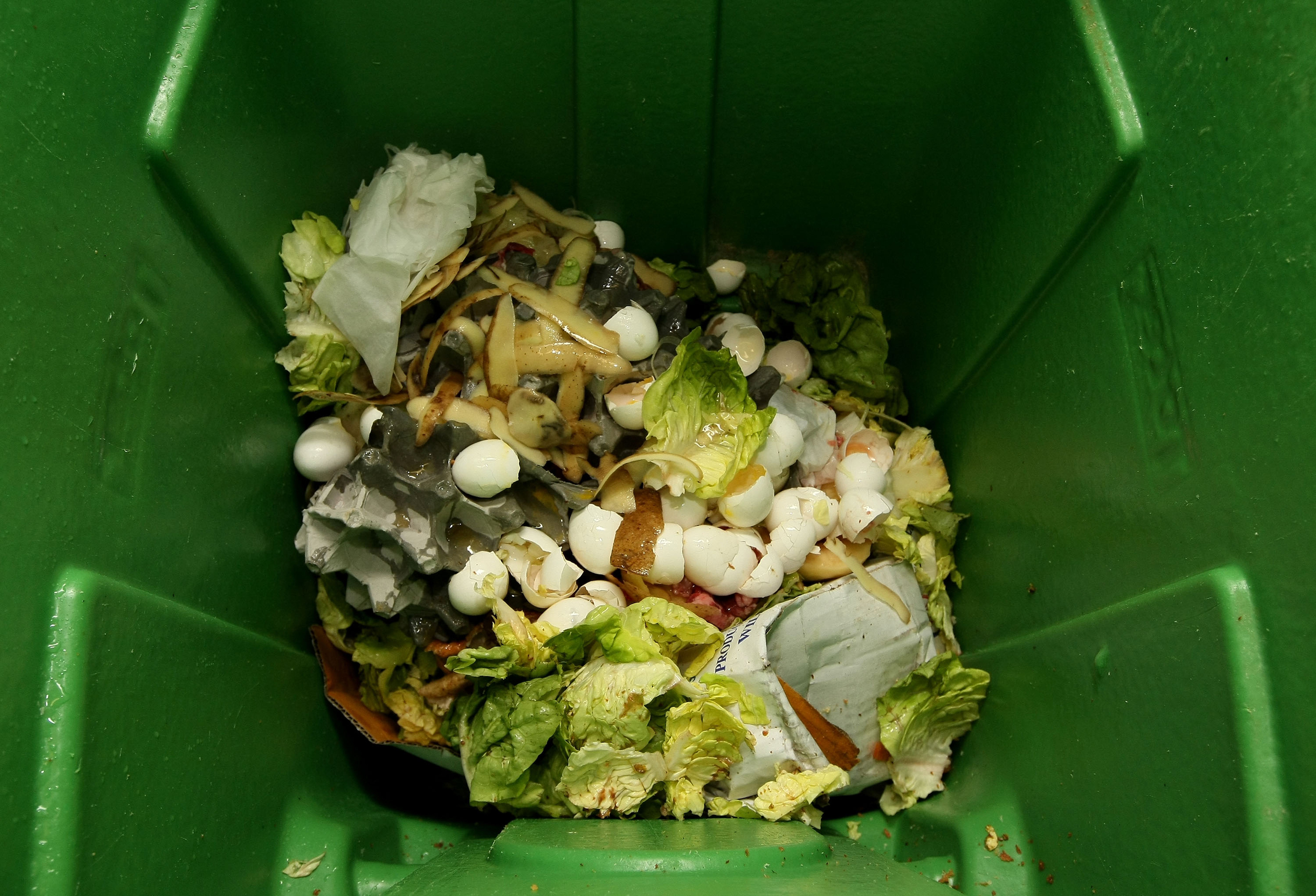 Image: Thousands Of San Francisco Area Restaurants Turn Food Waste Into Fertilizer