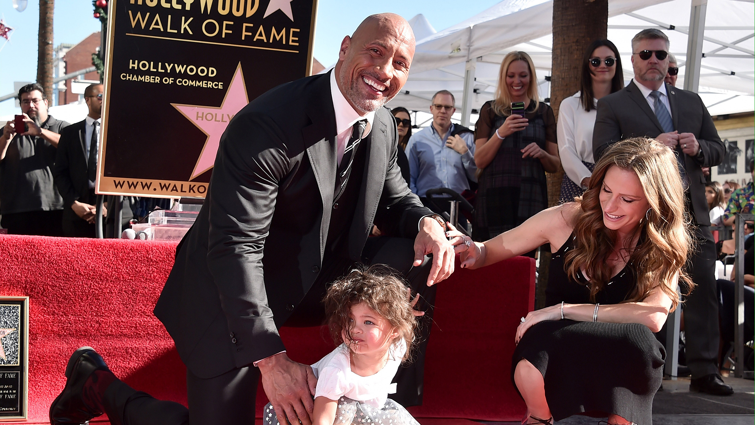Dwayne Johnson brings adorable daughter to Hollywood Walk of Fame honor