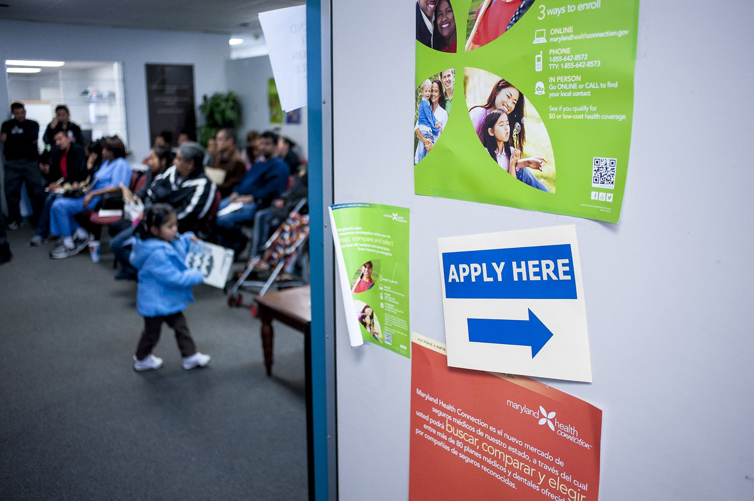 Image: People Rush to Beat Healthcare Signup Deadline