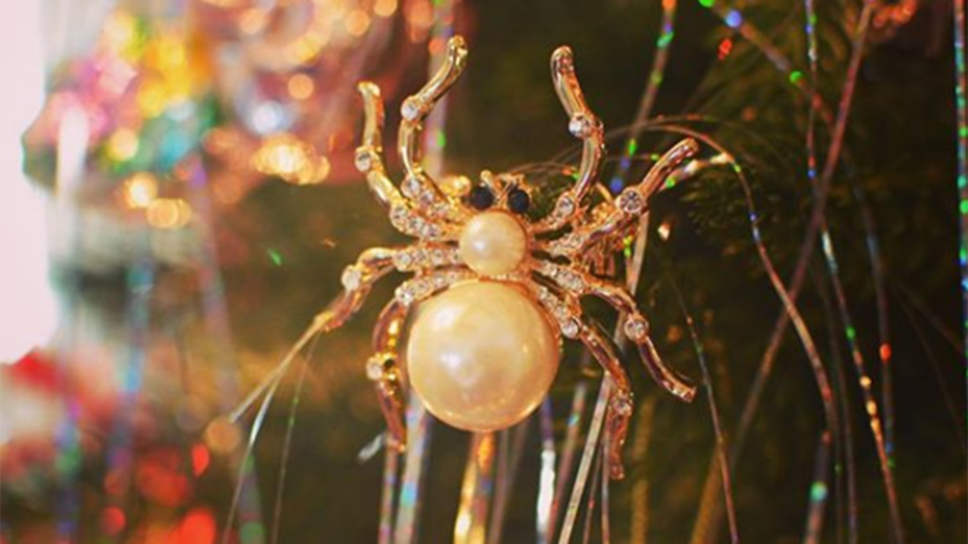 spider ornaments on christmas trees symbolize good luck - The Christmas Spider
