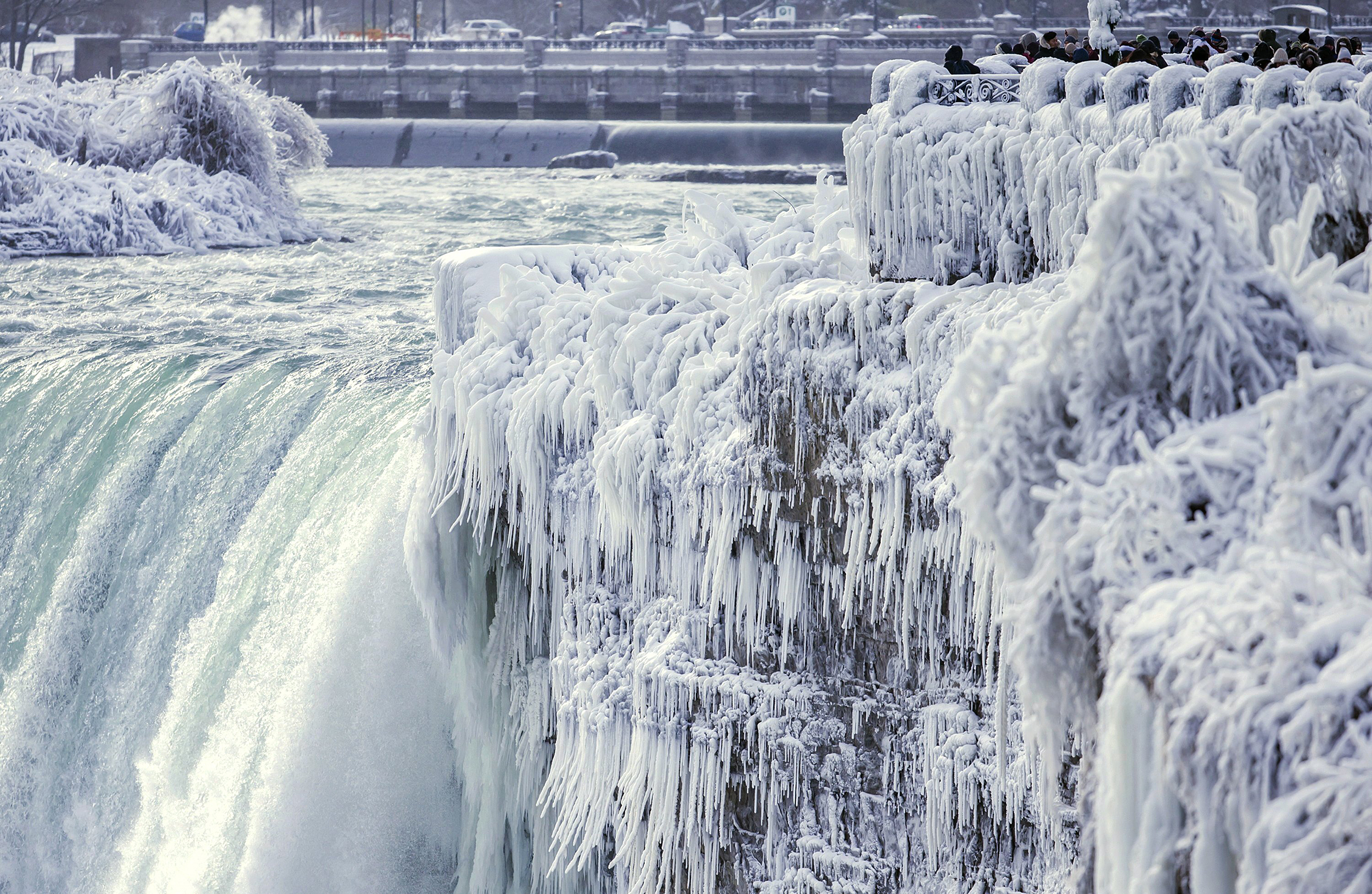 Arctic blast leaves half the country in deep freeze