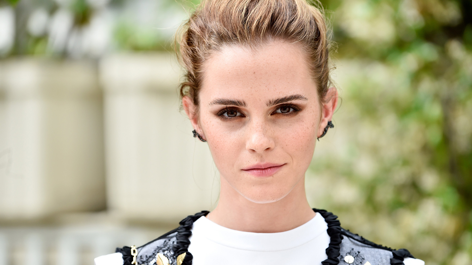 emma watson debuts new bangs in instagram photo