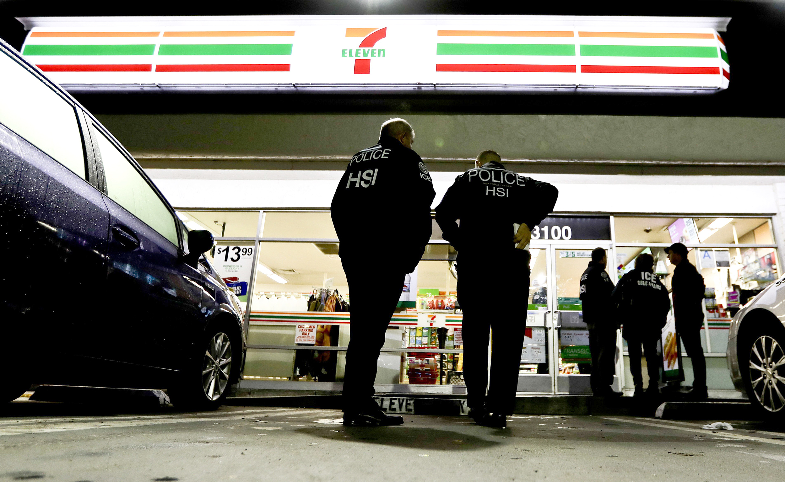 ICE-raids-7-Eleven-stores-nationwide,-arrests-21-people