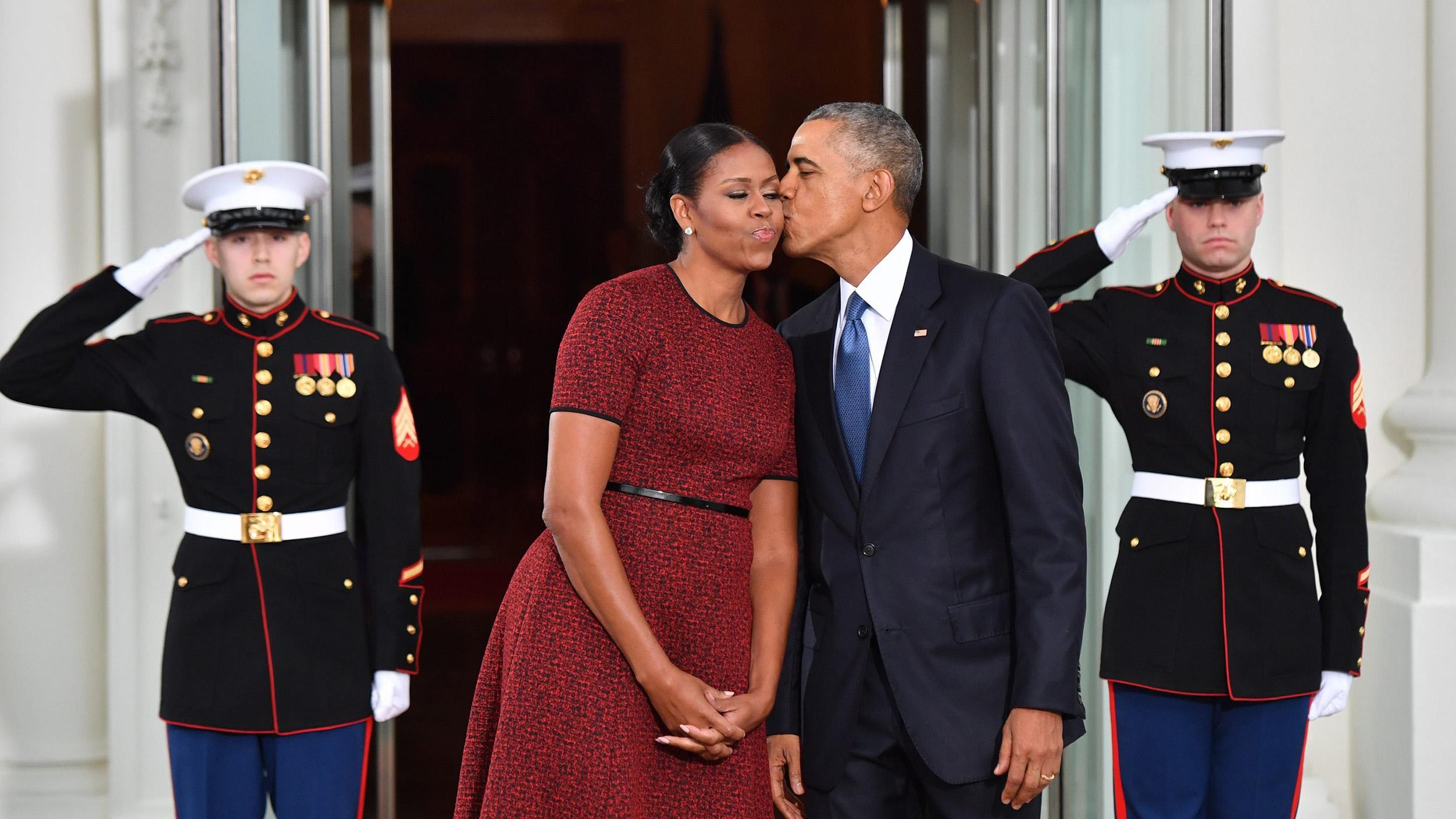 Barack Obama Wishes Michelle Happy Birthday In Heartfelt Obama Wishing Happy Birthday