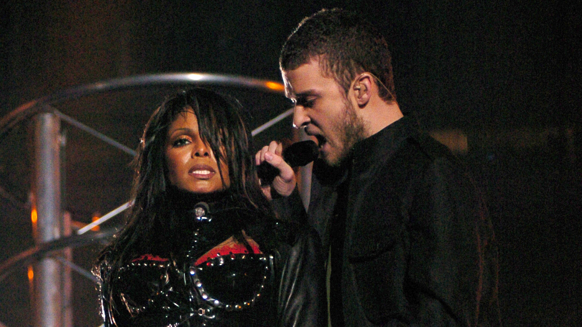 Justin Timberlake Says He and Janet Jackson Have