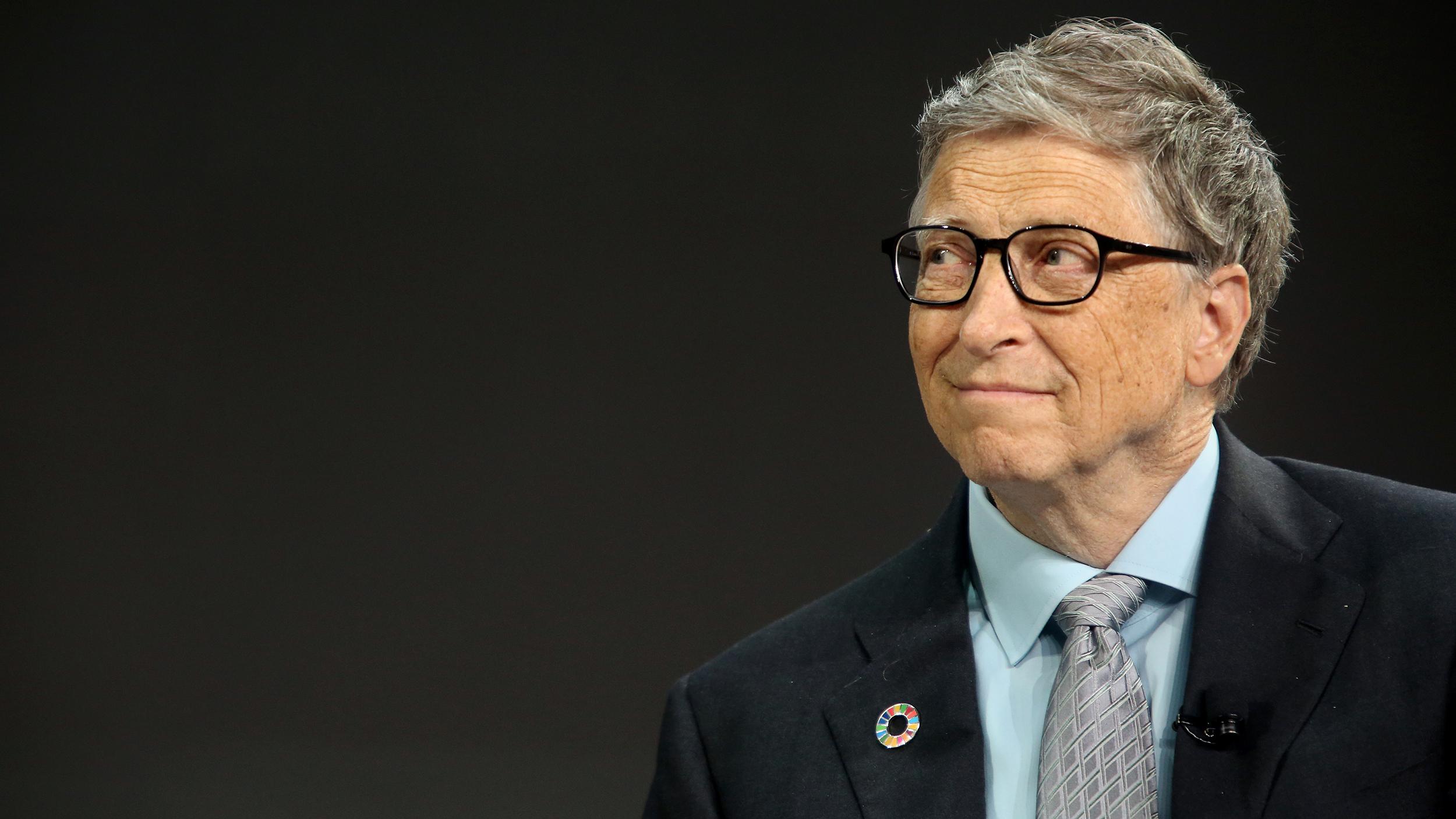 Para Bill Gates el anonimato implícito en las transacciones con criptomonedas como Bitcoin representa un problema, vinculado al crimen y lavado de dinero. No obstante, la historia es diferente cuando habla de la tecnología Blockchain. Fuente: El Universal
