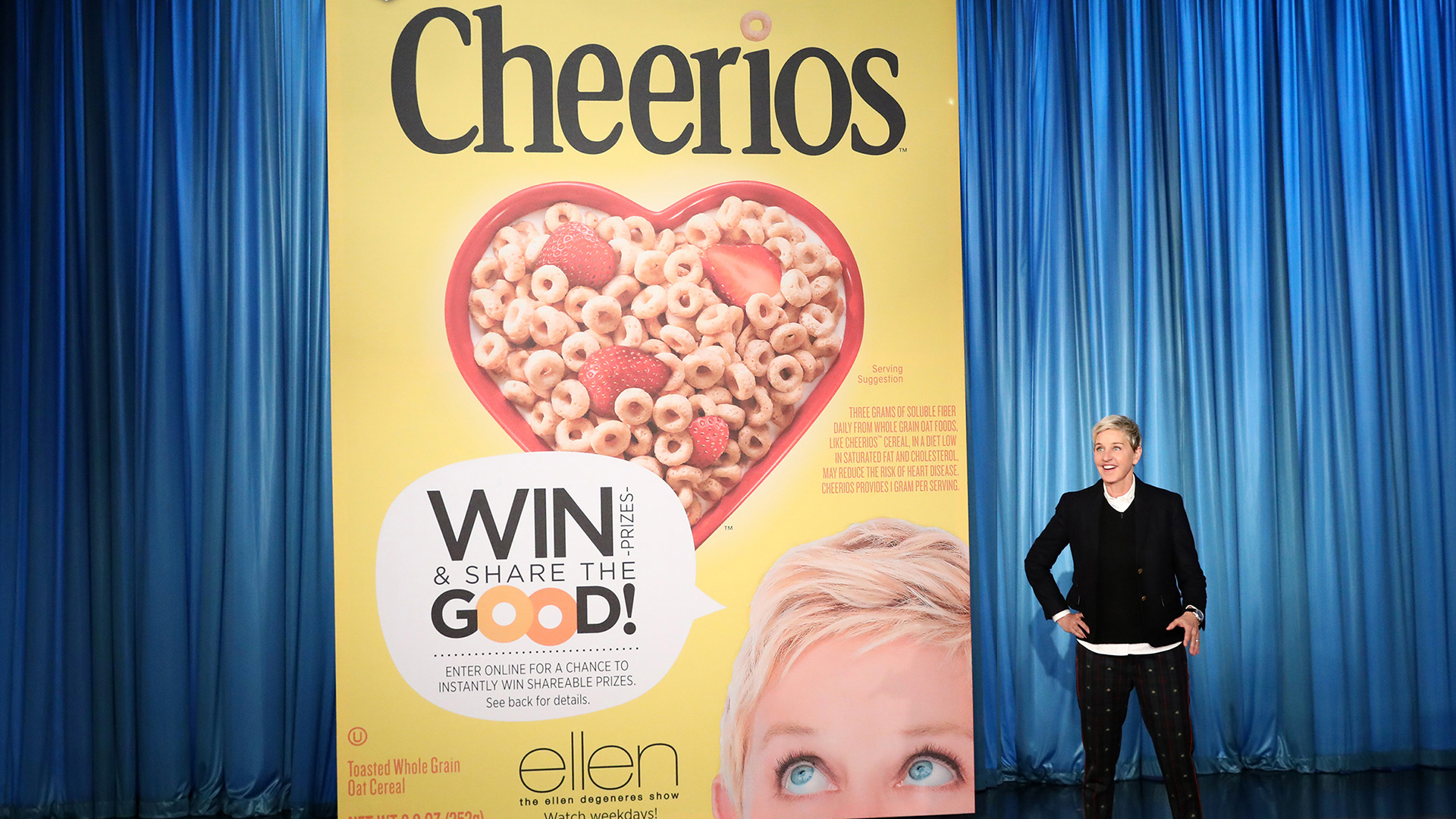 See Ellen DeGeneres Shock Her Fans With Biggest Audience Gift Ever - Ellen degeneres show car giveaway