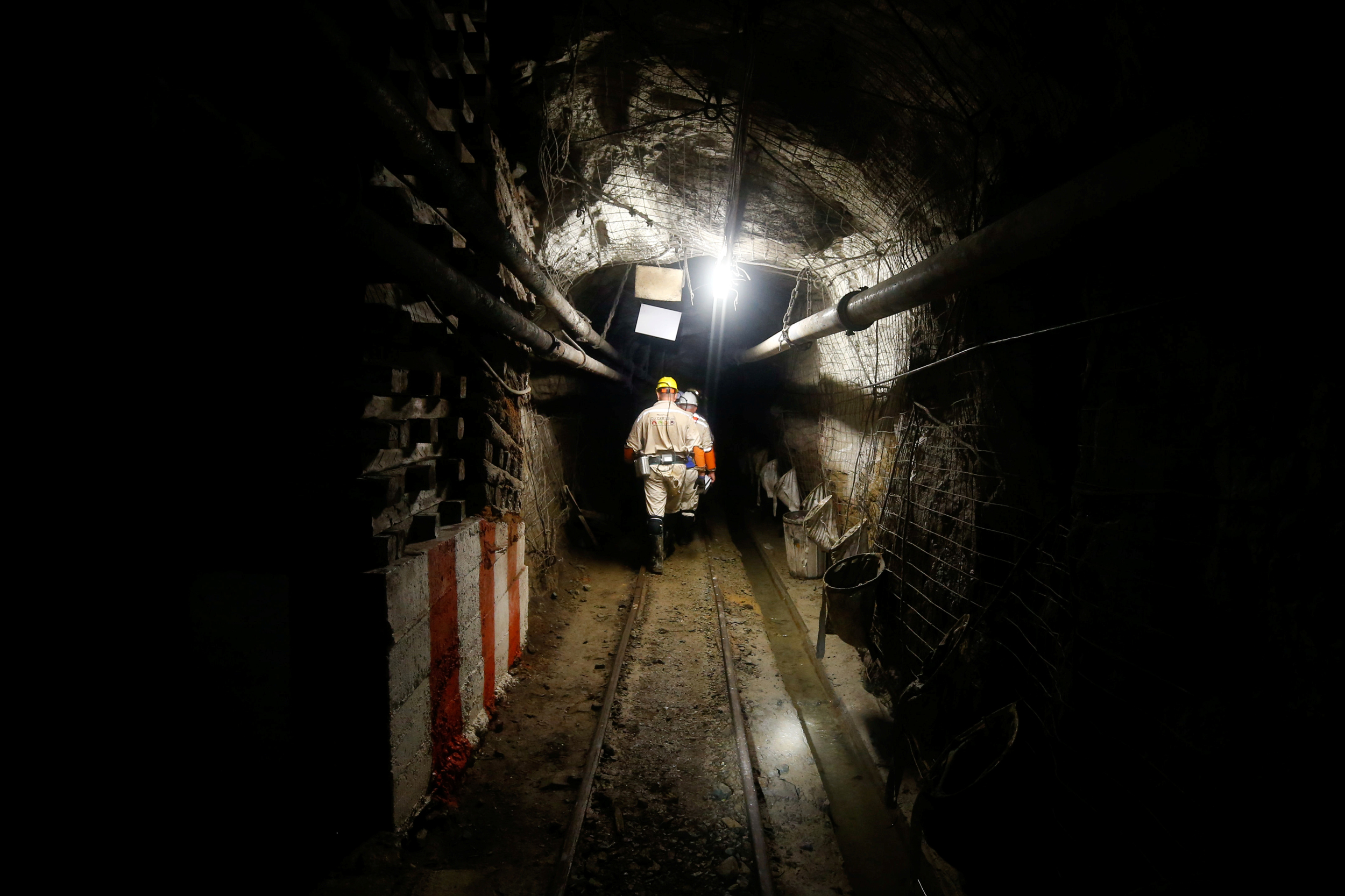 Over 900 gold miners in South Africa stuck underground