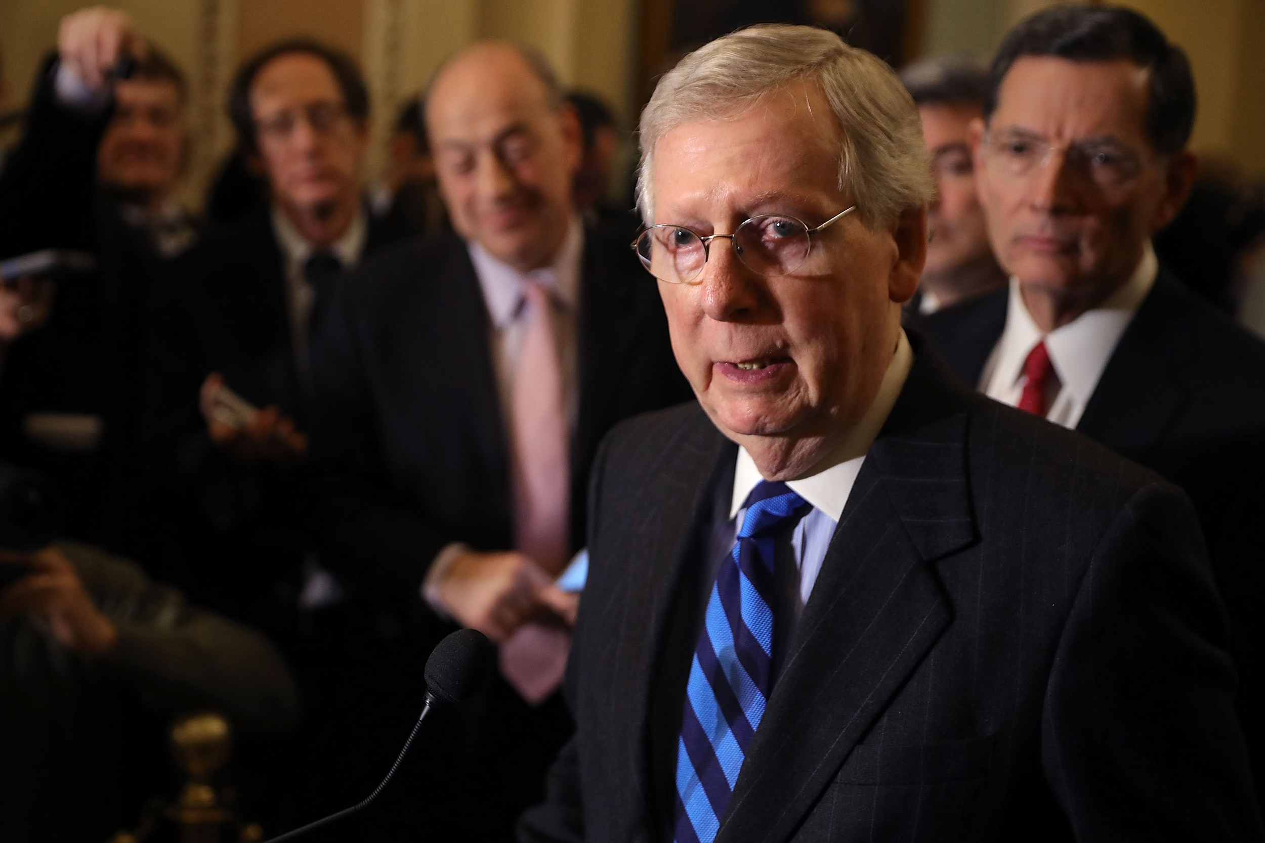 Senate leaders strike budget deal ahead of shutdown deadline
