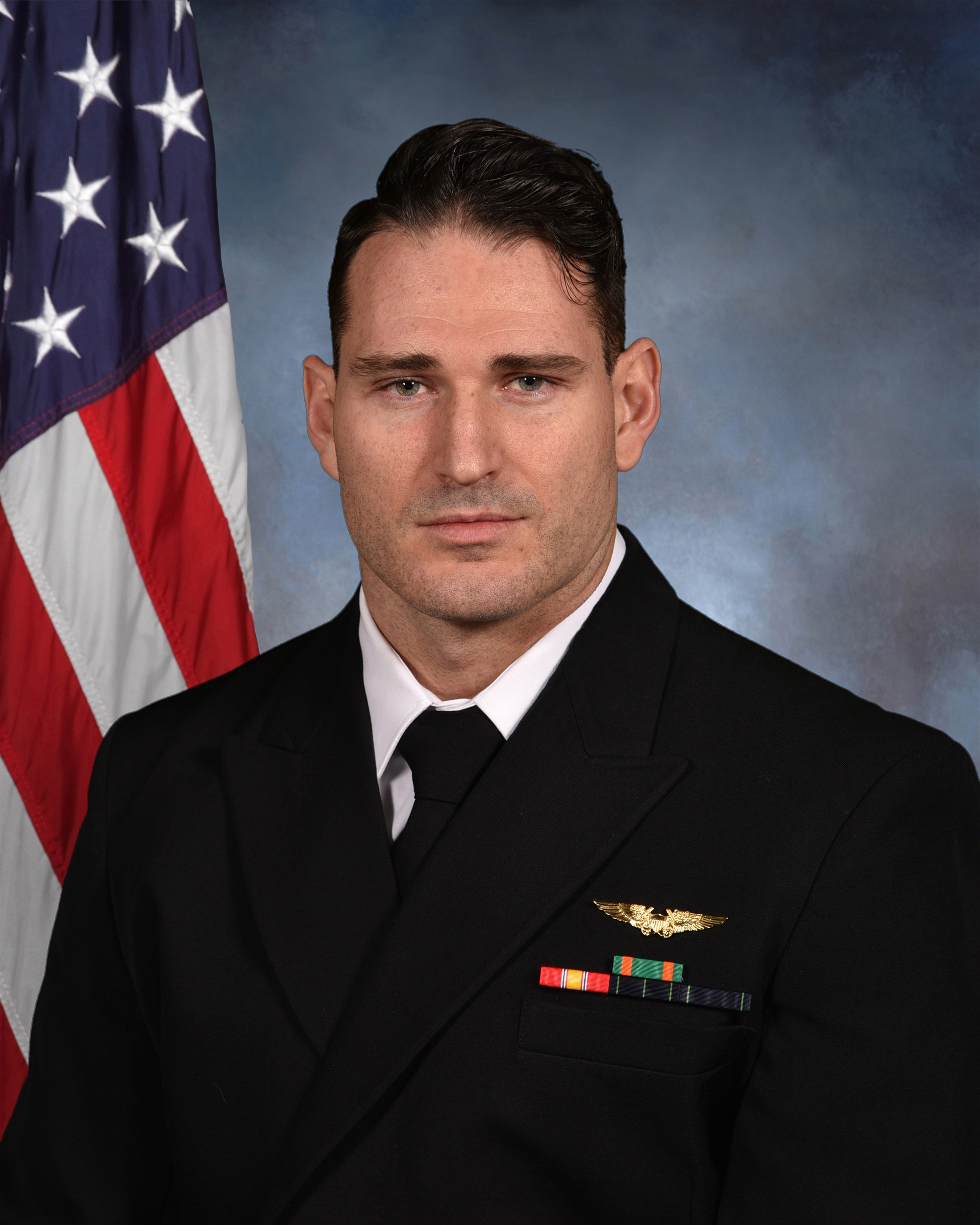 Navy IDs two aviators killed in Florida training crash