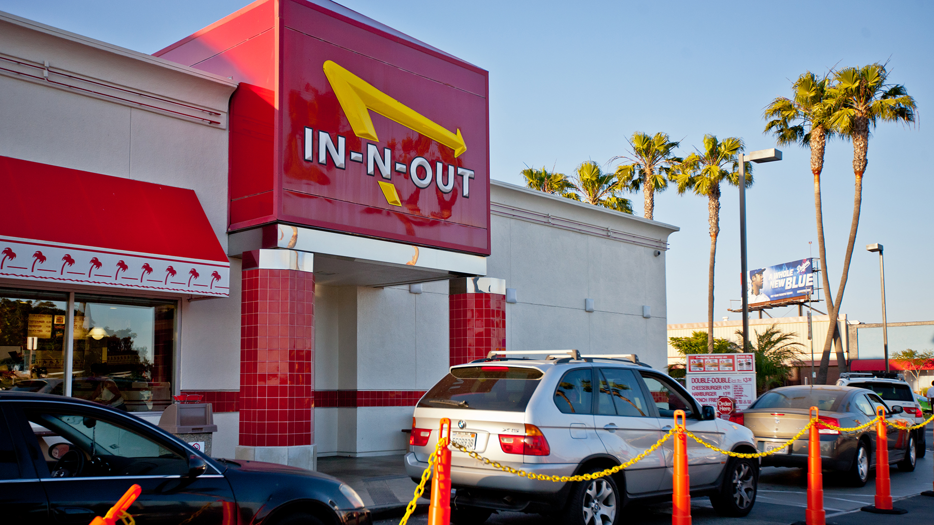 In-N-Out Burger tries to ban YouTube prankster