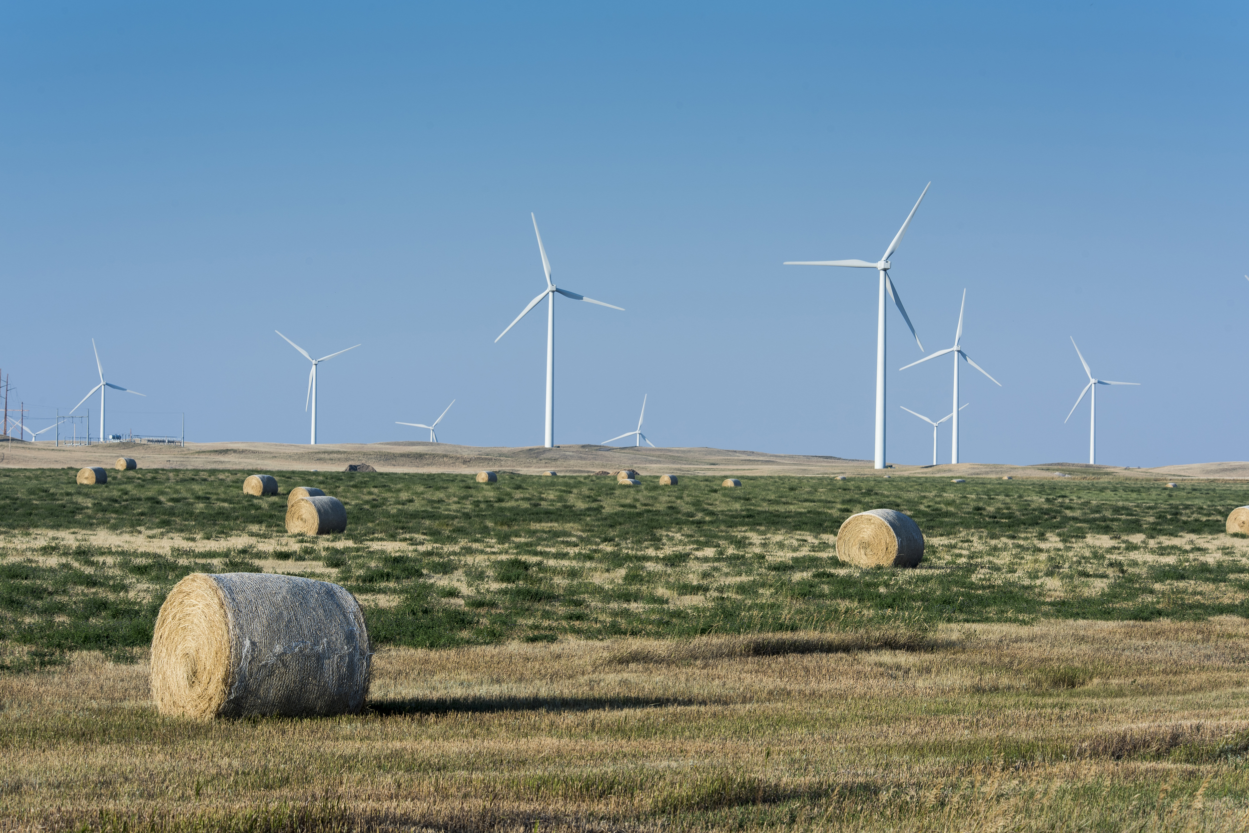 Workers are climbing wind turbines to the middle class