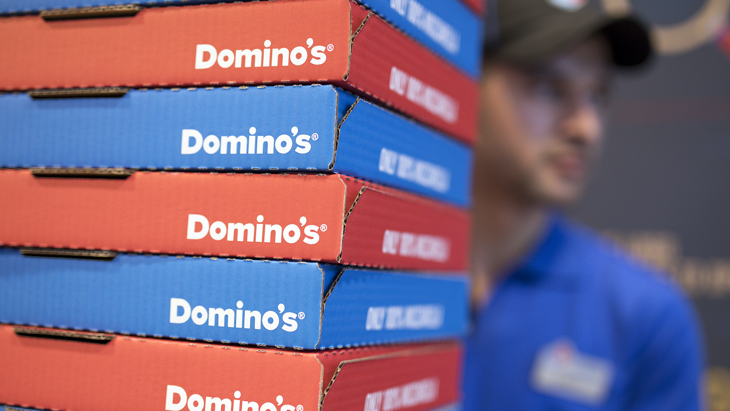 Domino's pizza now delivers to 150,000 outdoor hotspots on