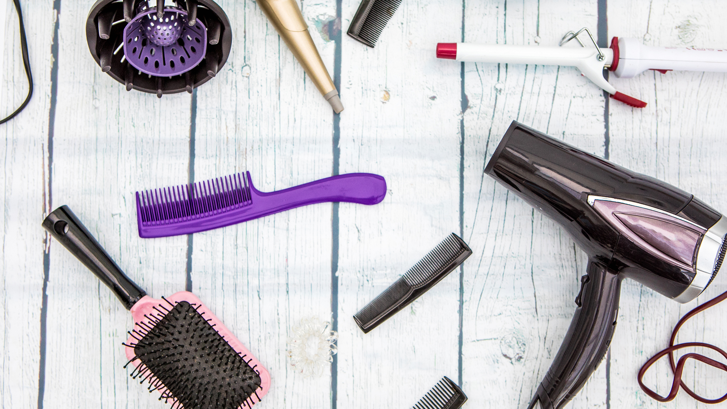 The 7 Best Tools For Curly Hair According To Hair Experts