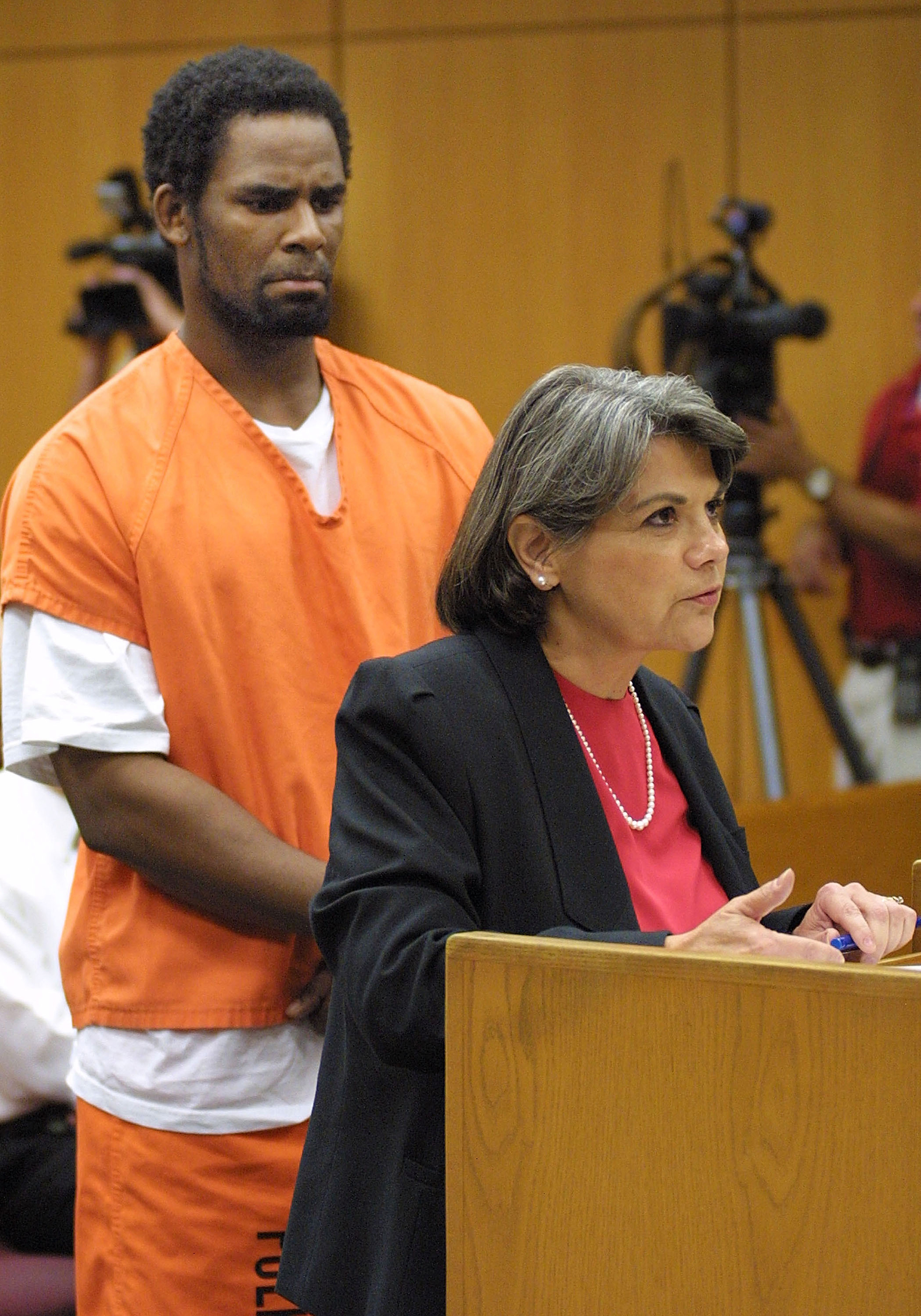 Image: R. Kelly Appears in Court