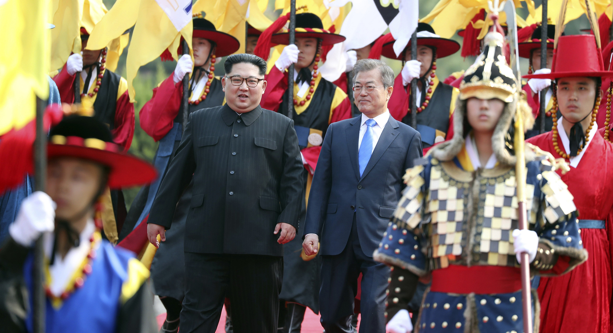Kim-Jong-Un-crosses-border-for-historic-talks-with-South