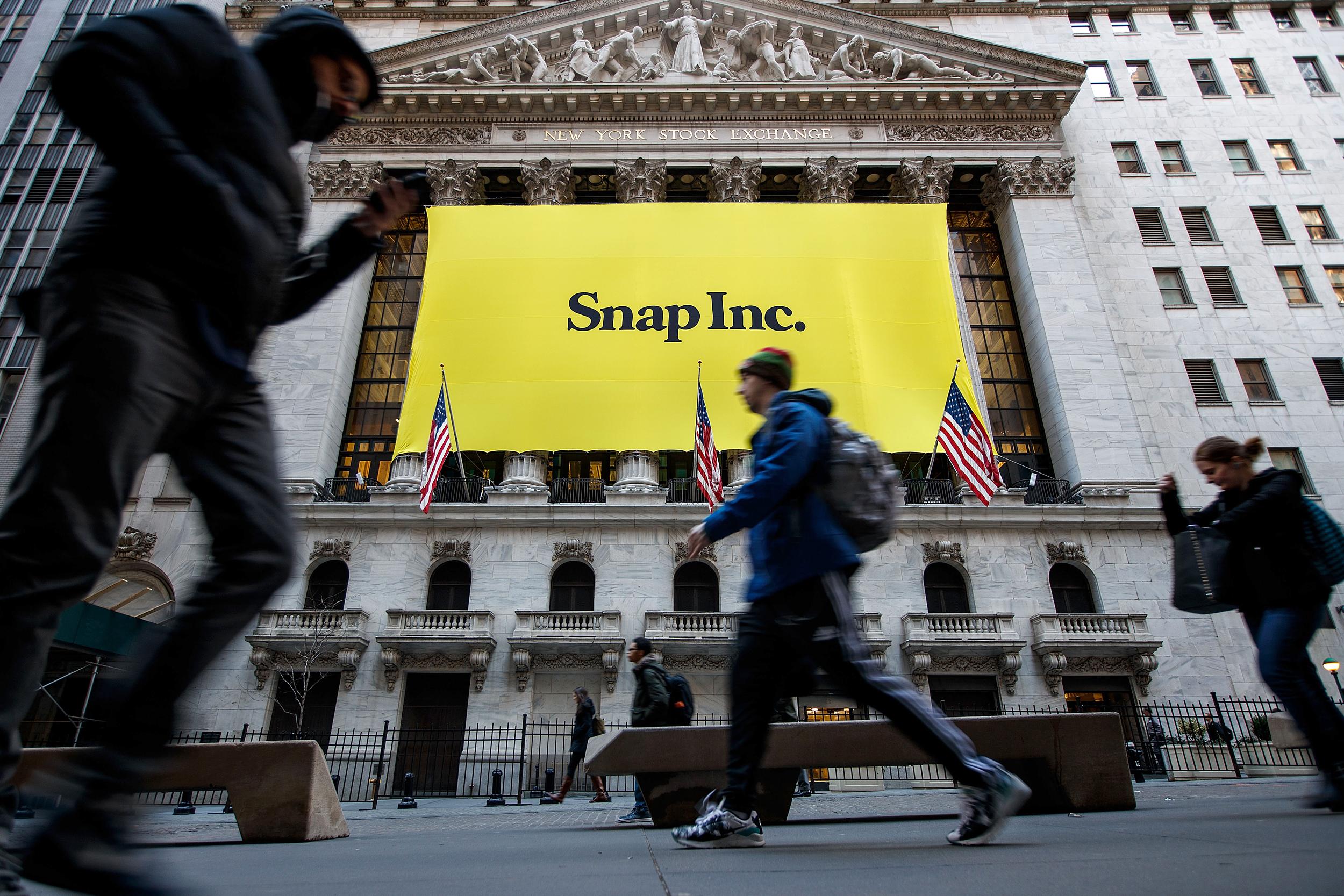 nbcnews.com - SEC subpoenas Snap amid probe into 'growth hacking' and misleading investors