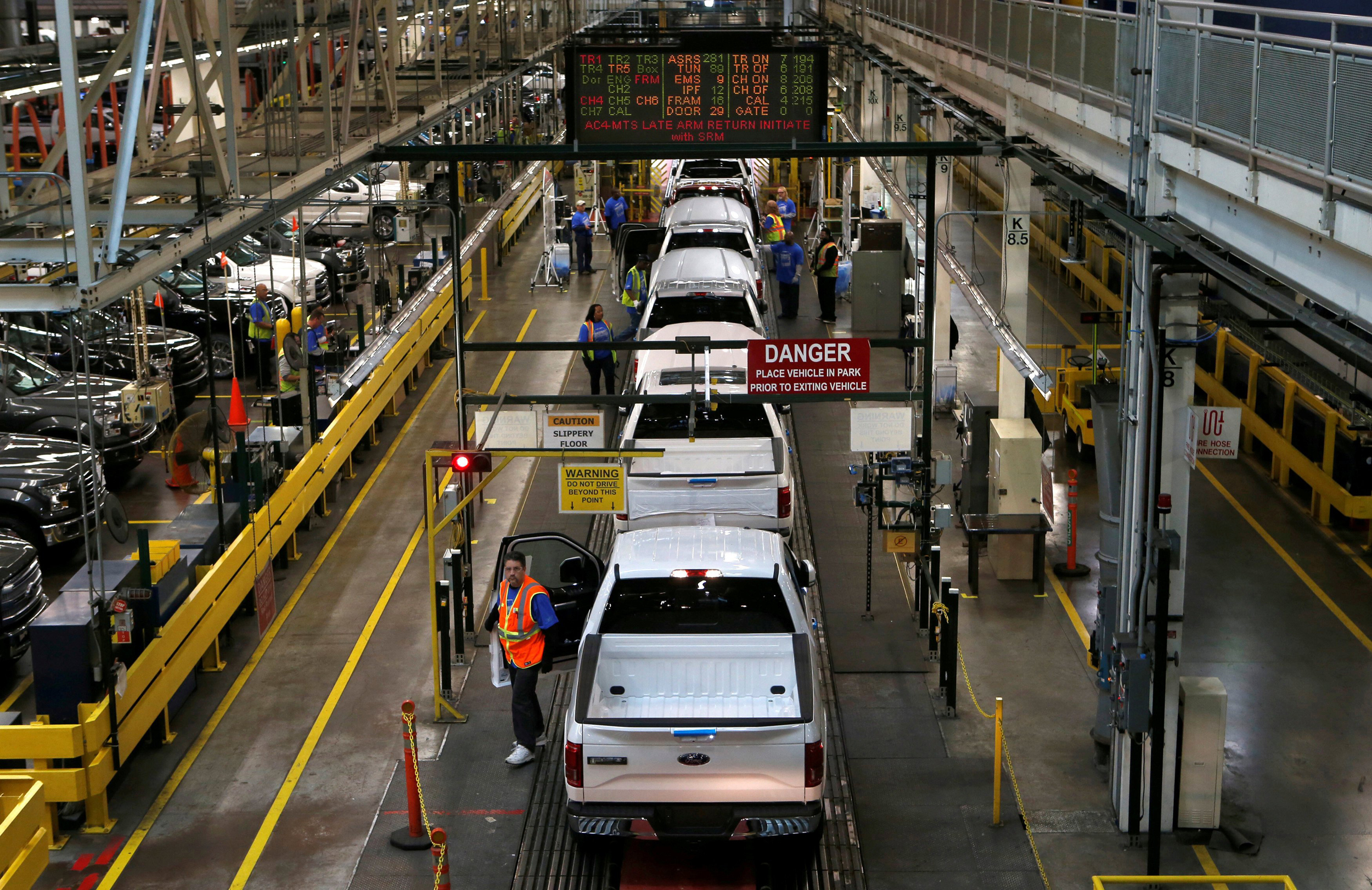 Ford Facing Complete Shutdown Of F 150 Production After Plant Fire 1948 Truck Cast S