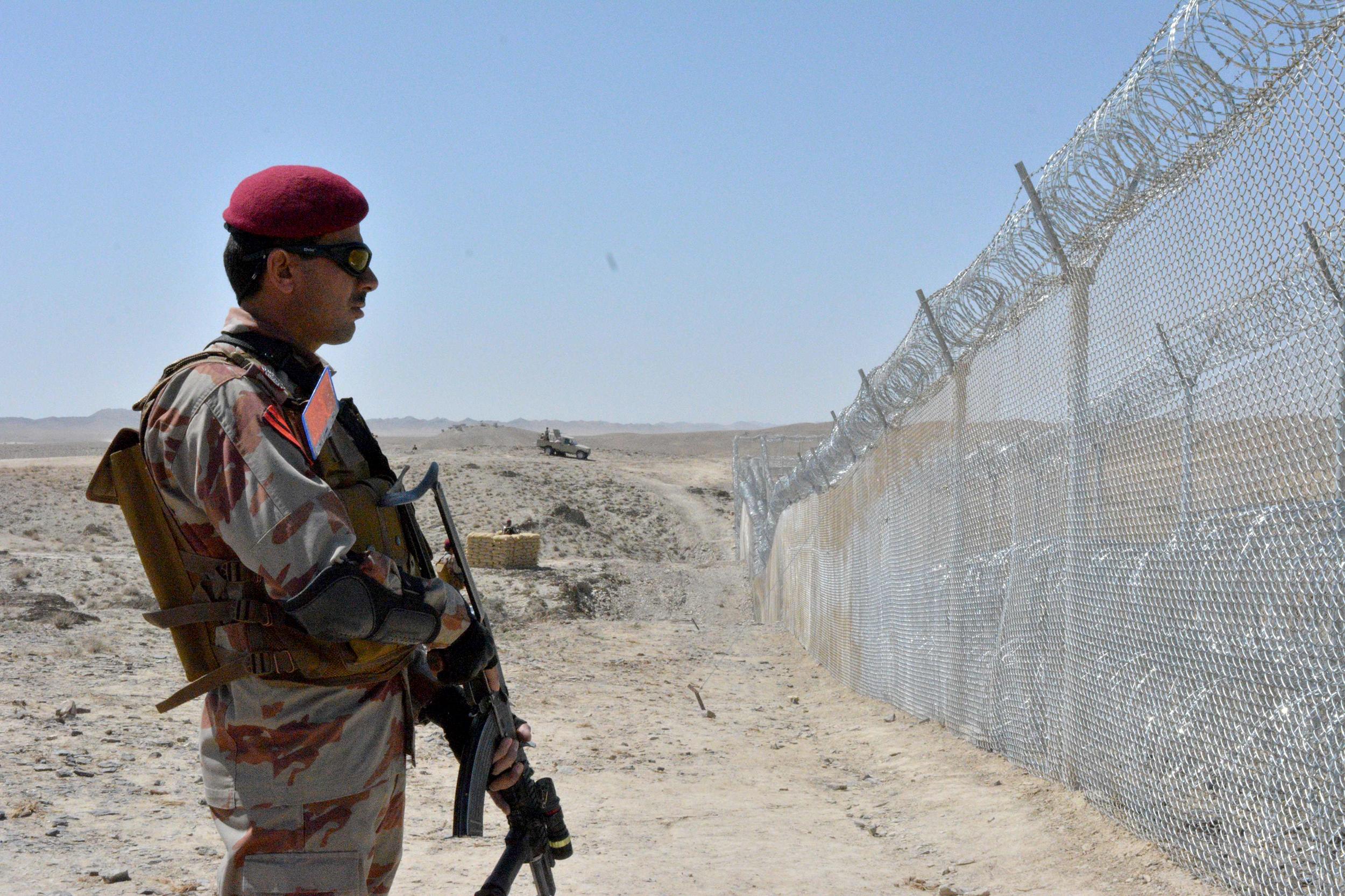 अफगानिस्तान पाकिस्तान सीमा