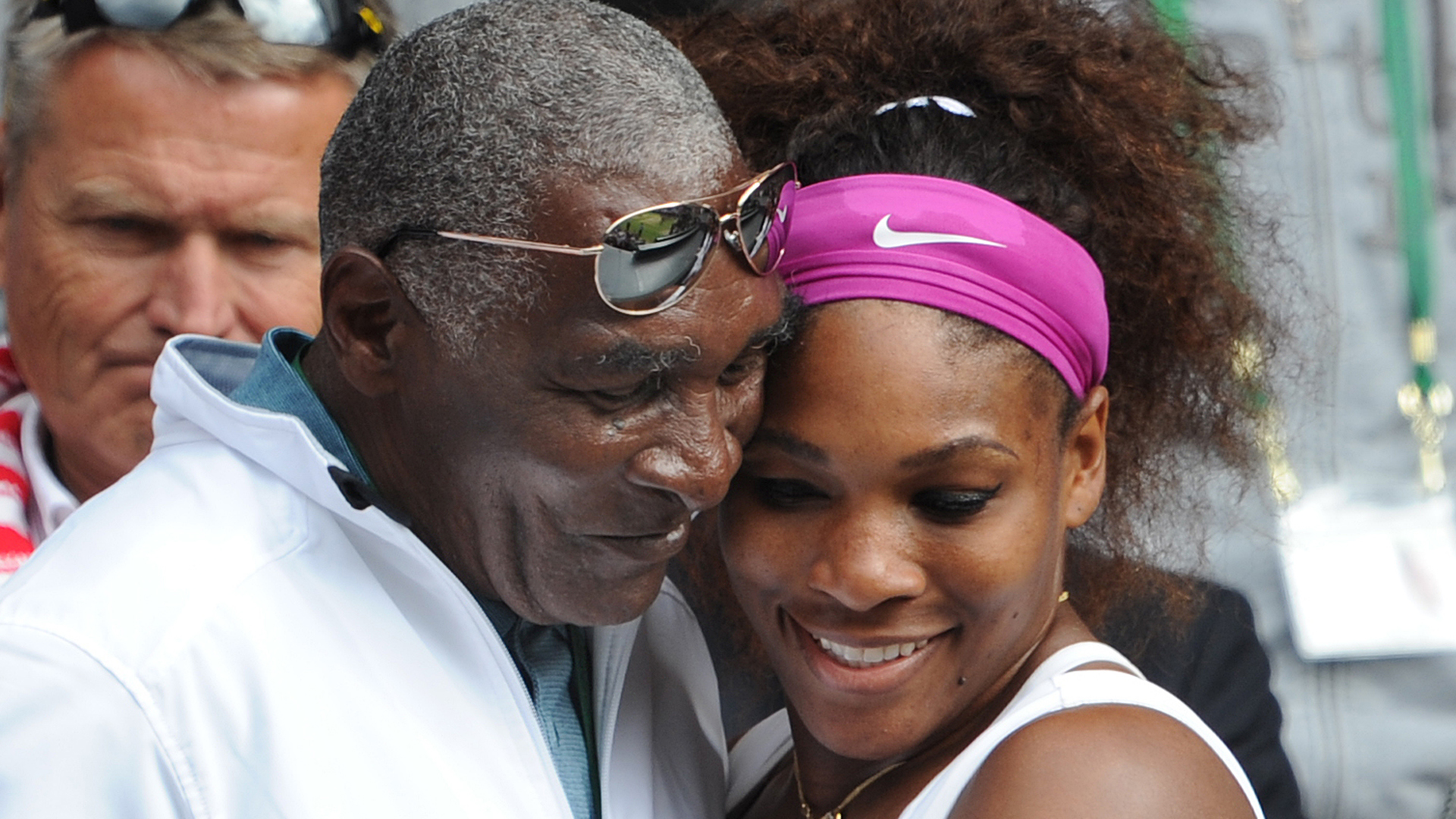 Serena Williams On Why Her Dad Didn T Walk Her Down The Aisle At Her Wedding