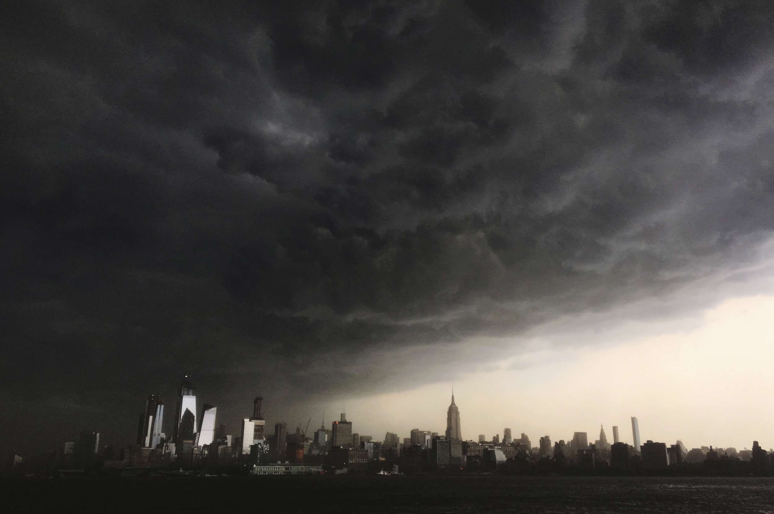 Deadly-storms-leave-thousands-without-power-along-East-Coast
