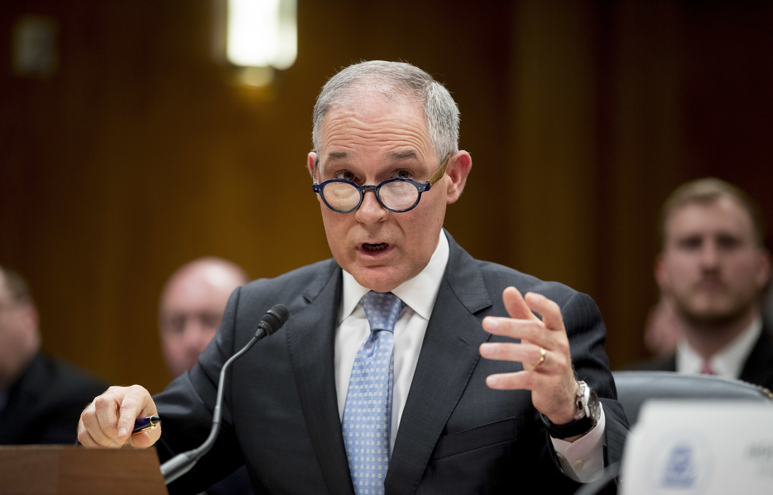 Pruitt:-I-don't-recall-asking-security-detail-to-use-sirens-in-traffic